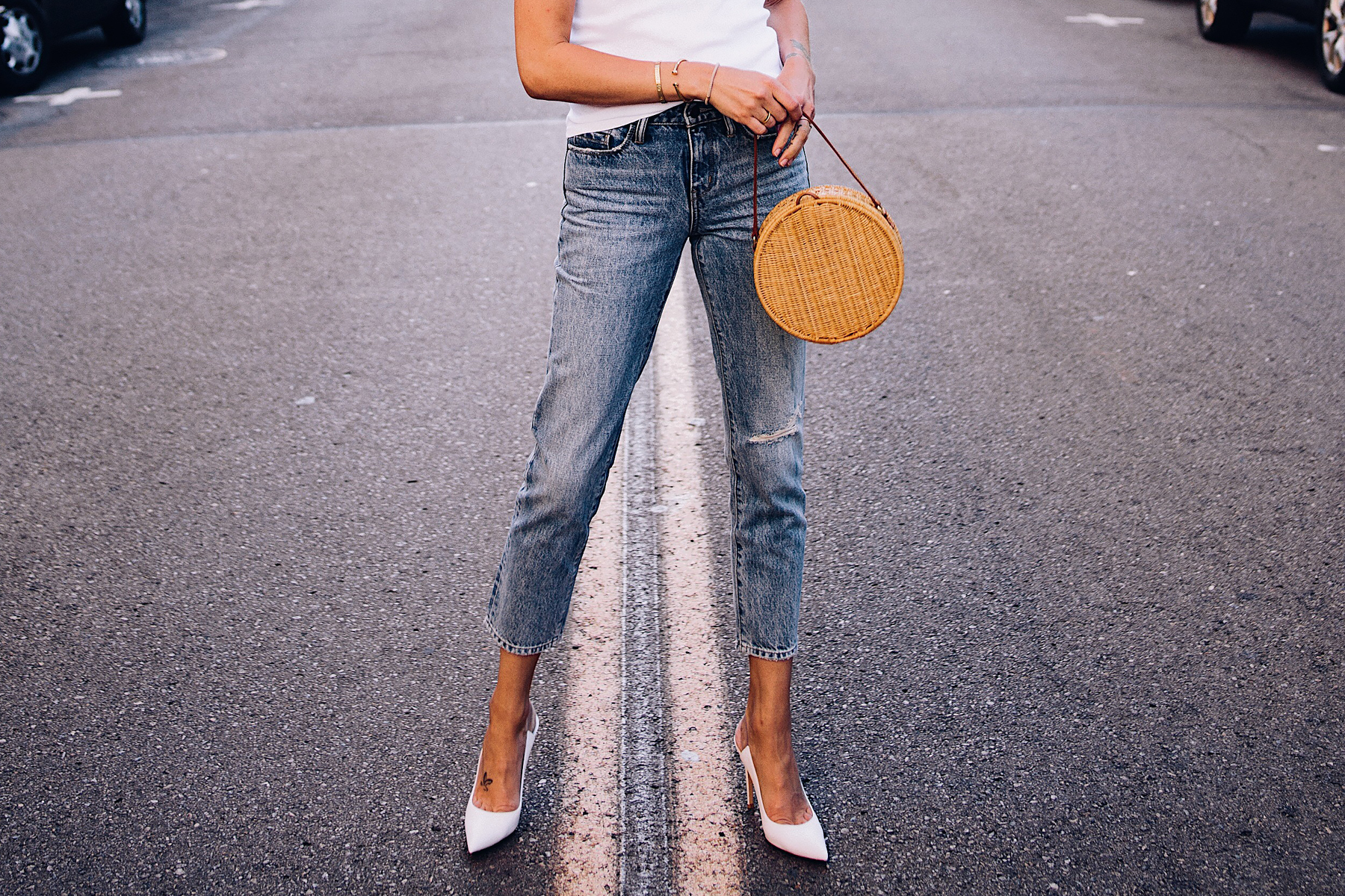 Woman Wearing Nordstrom Ripped Ankle Crop Jeans Gianvito Rossi White Pumps Circle Basket Cane Bag Fashion Jackson San Diego Blogger Fashion Blogger Street Style