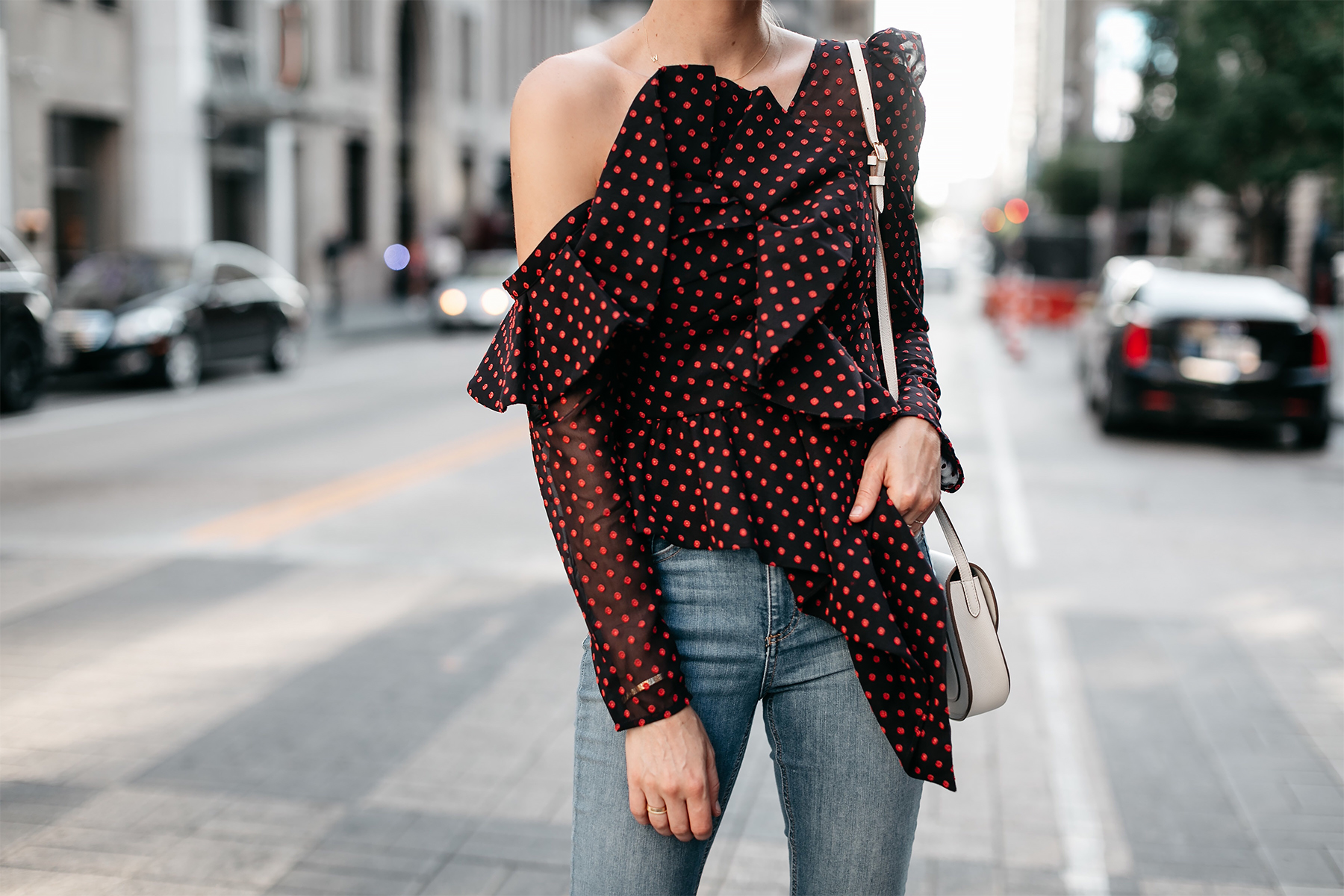 Woman Wearing Self Portrait One-shoulder Embroidered Top Fashion Jackson Dallas Blogger Fashion Blogger Street Style