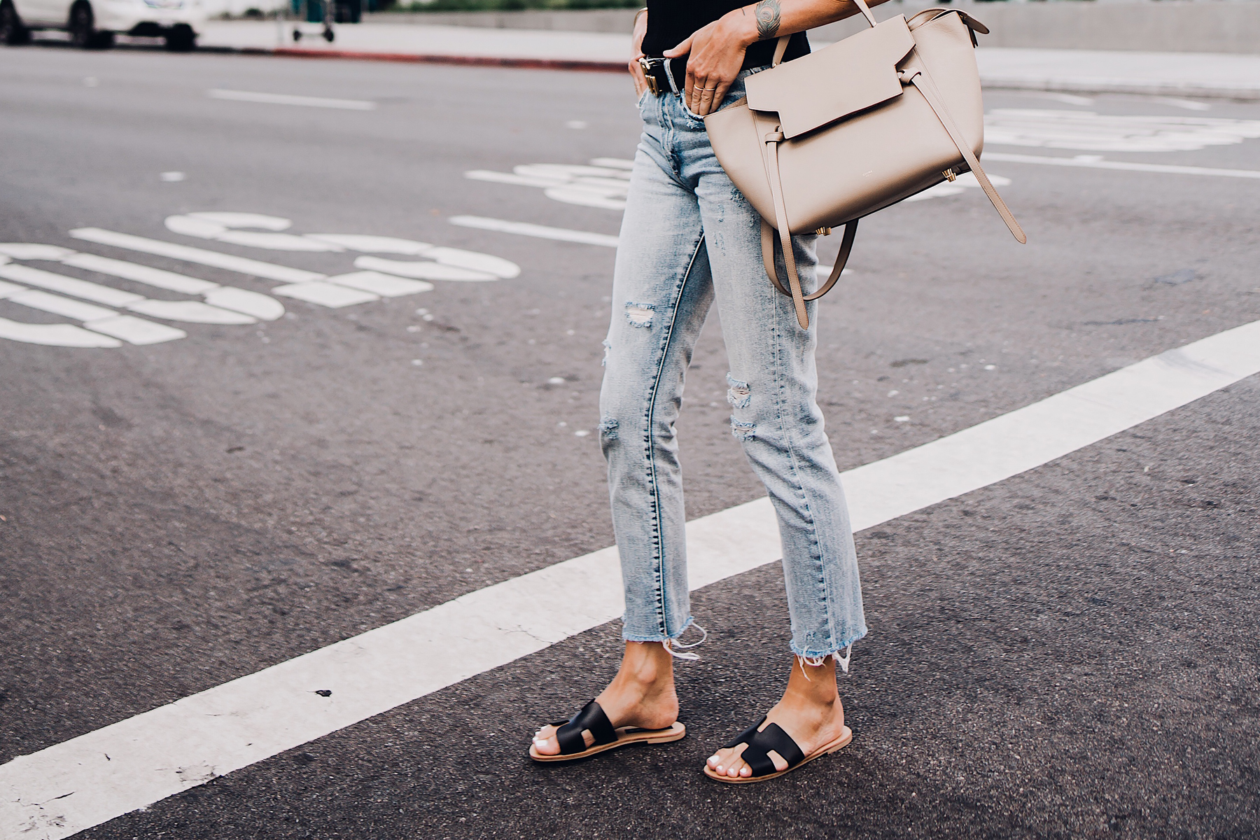 Woman Wearing Blanknyc Ripped Jeans Steven Black Greece Sandals Celine Mini Belt Bag Fashion Jackson San Diego Fashion Blogger Street Style