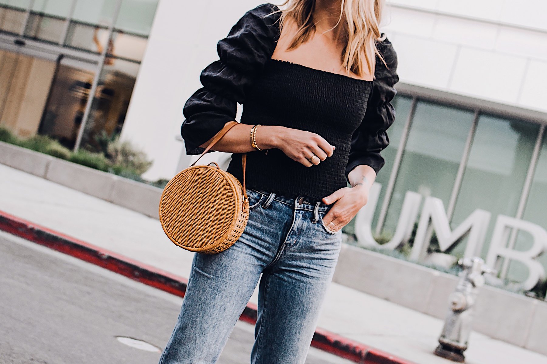 Blonde Woman Wearing Reformation Gala Top Black Ripped Jeans Cane Circle Straw Handbag Fashion Jackson San Diego Fashion Blogger Street Style
