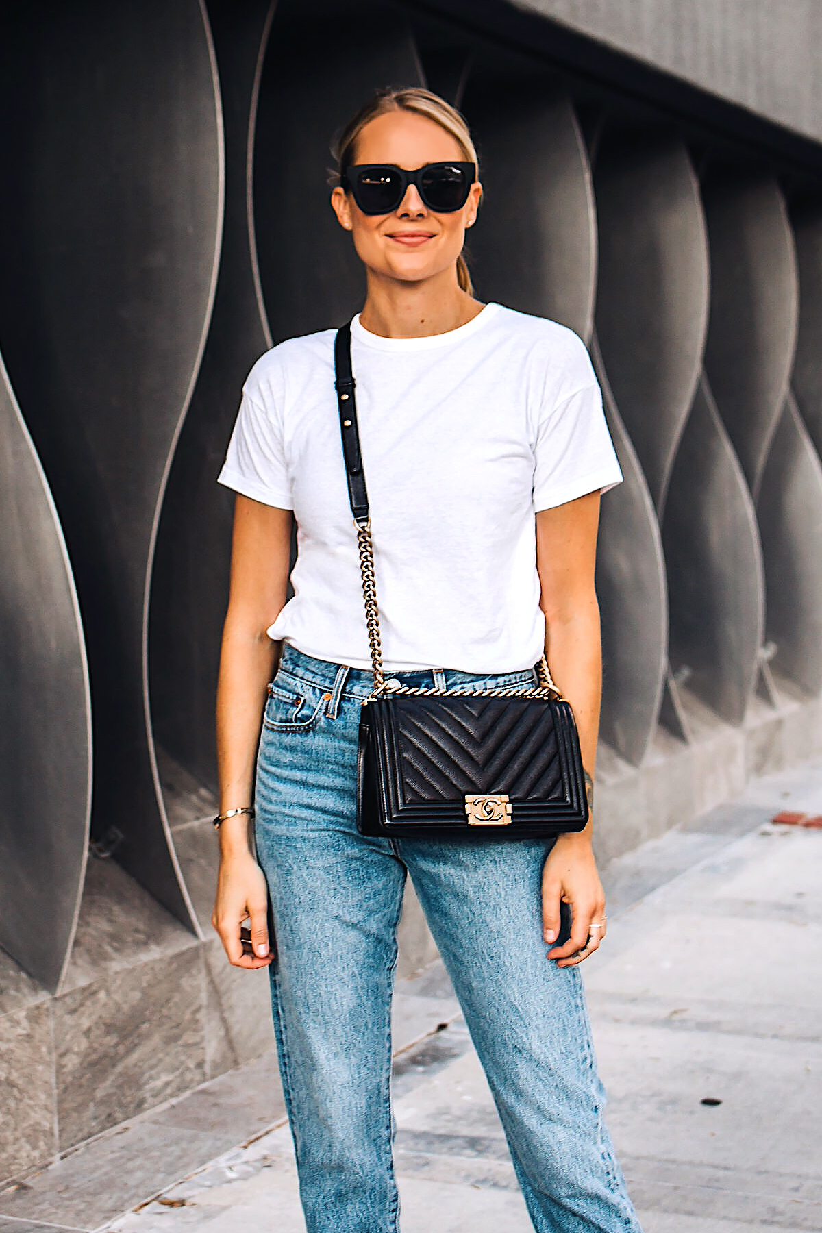 Blonde Woman Wearing Fashion Jackson White Tshirt Levis Wedgie Jeans Chanel Black Boy Bag Fashion Jackson San Diego Blogger Fashion Blogger Street Style