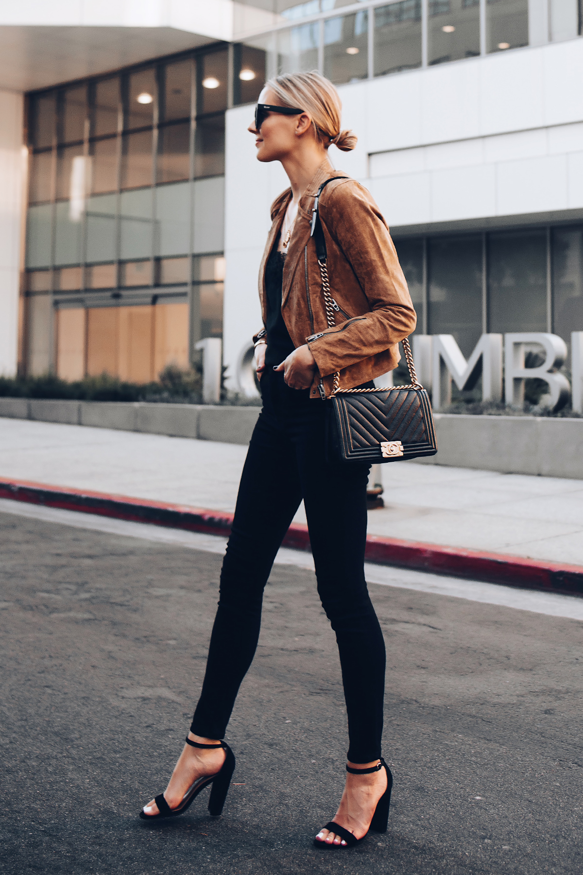 Blonde Woman Wearing Blanknyc Tan Suede Moto Jacket Black Lace Cami Everlane Black Skinny Jeans Outfit Black Ankle Strap Heeled Sandals Chanel Black Boy Bag Fashion Jackson San Diego Fashion Blogger Street Style
