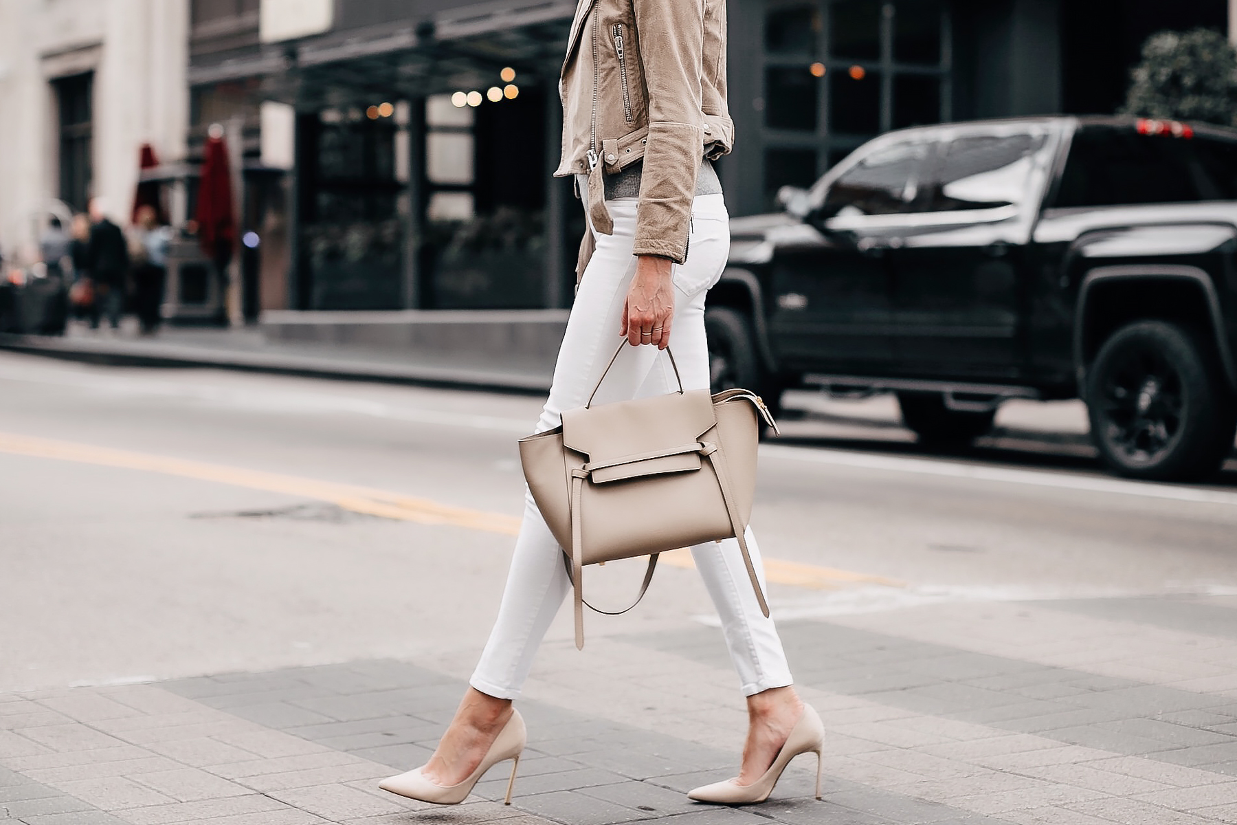 Woman Wearing Blanknyc Tan Suede Moto Jacket White Skinny Jeans Nude Pumps Celine Taupe Mini Belt Bag Fashion Jackson San Diego Fashion Blogger Street Style