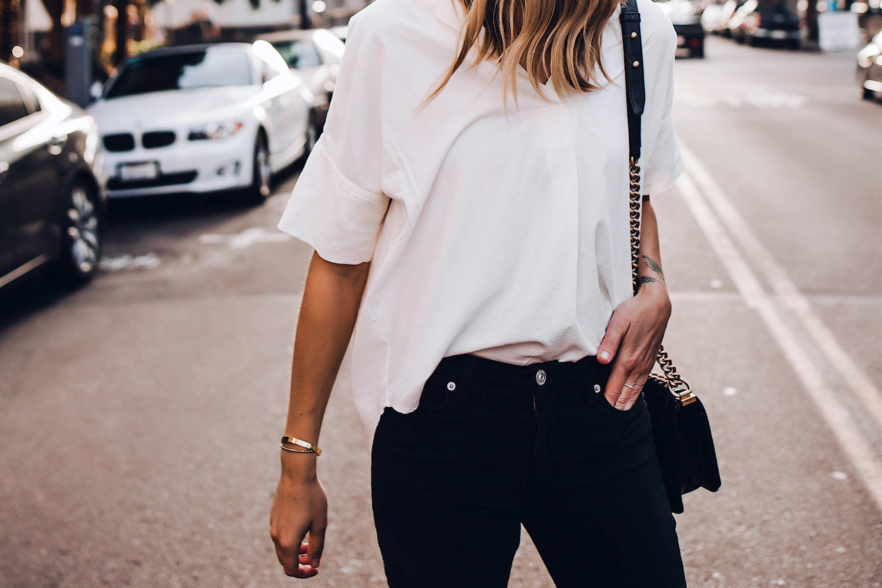Blonde Woman Wearing Madewell Short Sleeve White Shirt Black Jeans Fashion Jackson San Diego Fashion Blogger Street Style