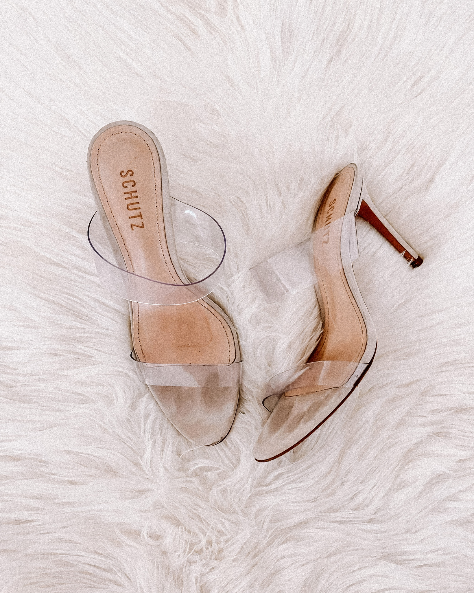 Fashion Jackson Schutz Ariella Strappy Sandals