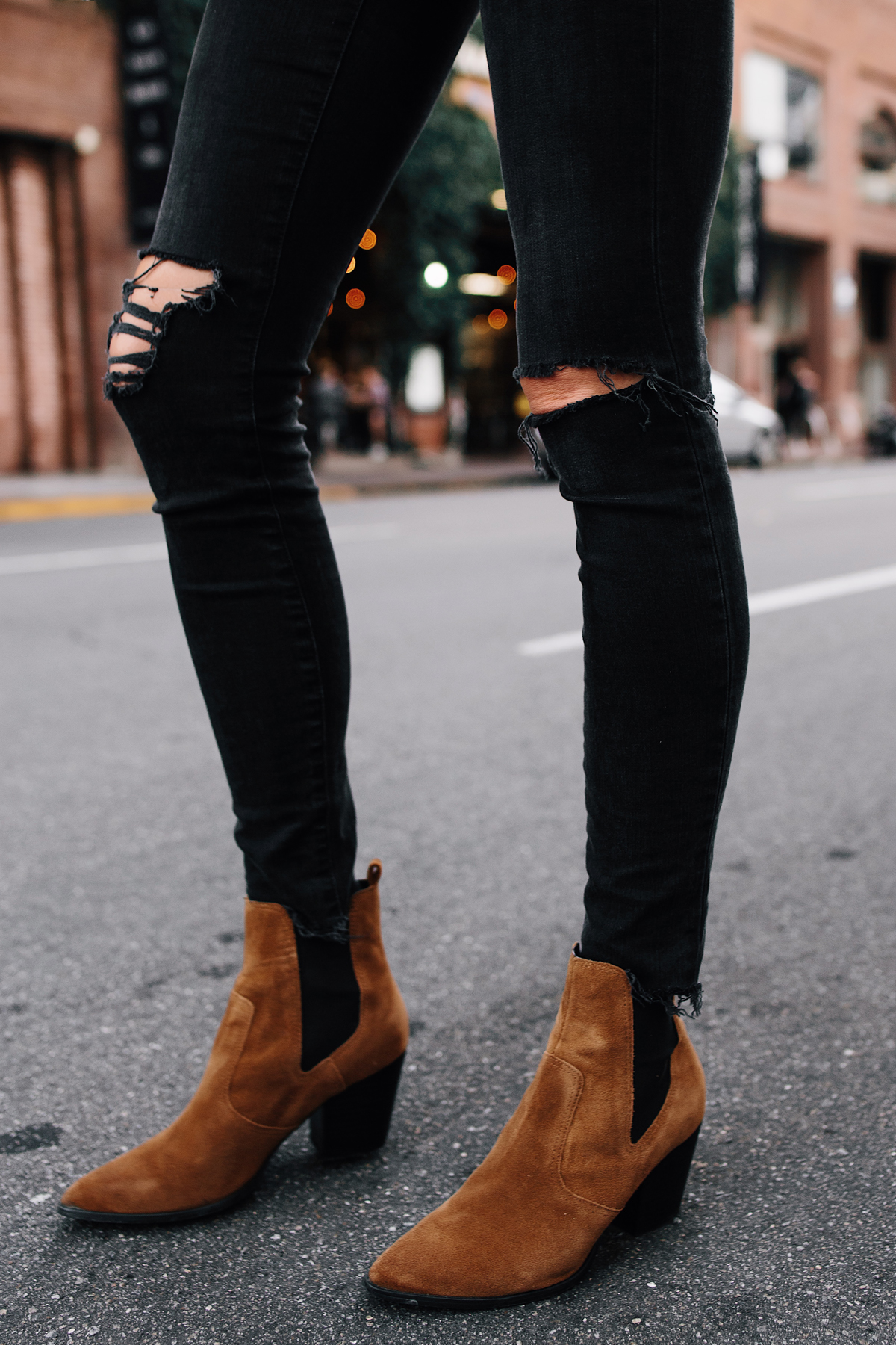 Woman Wearing Madewell Black Ripped Skinny Jeans Steve Madden Brown Chelsea Booties Fashion Jackson San Diego Fashion Blogger Street Style