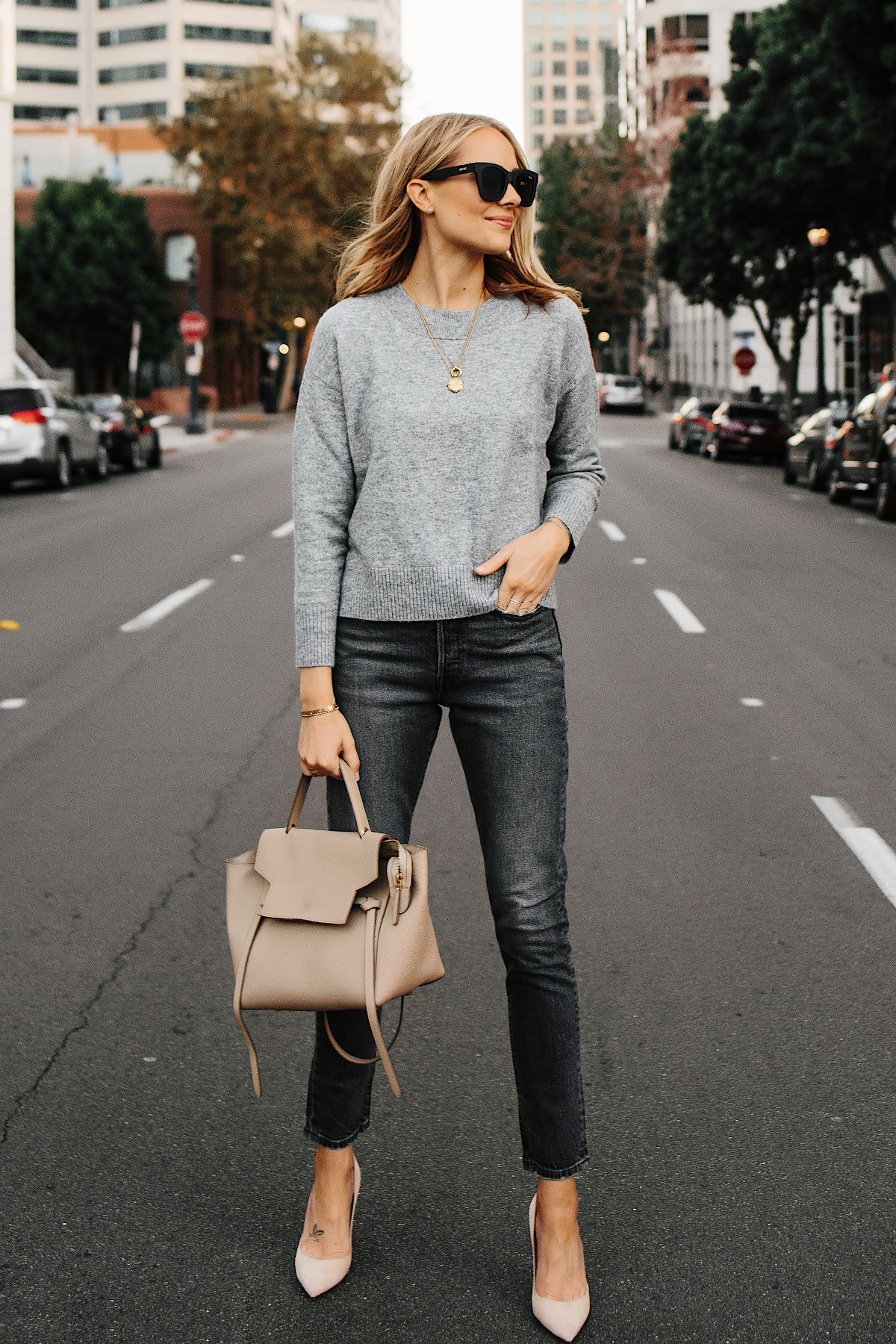 Blonde Woman Wearing Oversized Grey Sweater Levis 501 Grey High Waist Skinny Jeans Nude Pumps Celine Mini Belt Bag Fashion Jackson San Diego Fashion Blogger Street Style