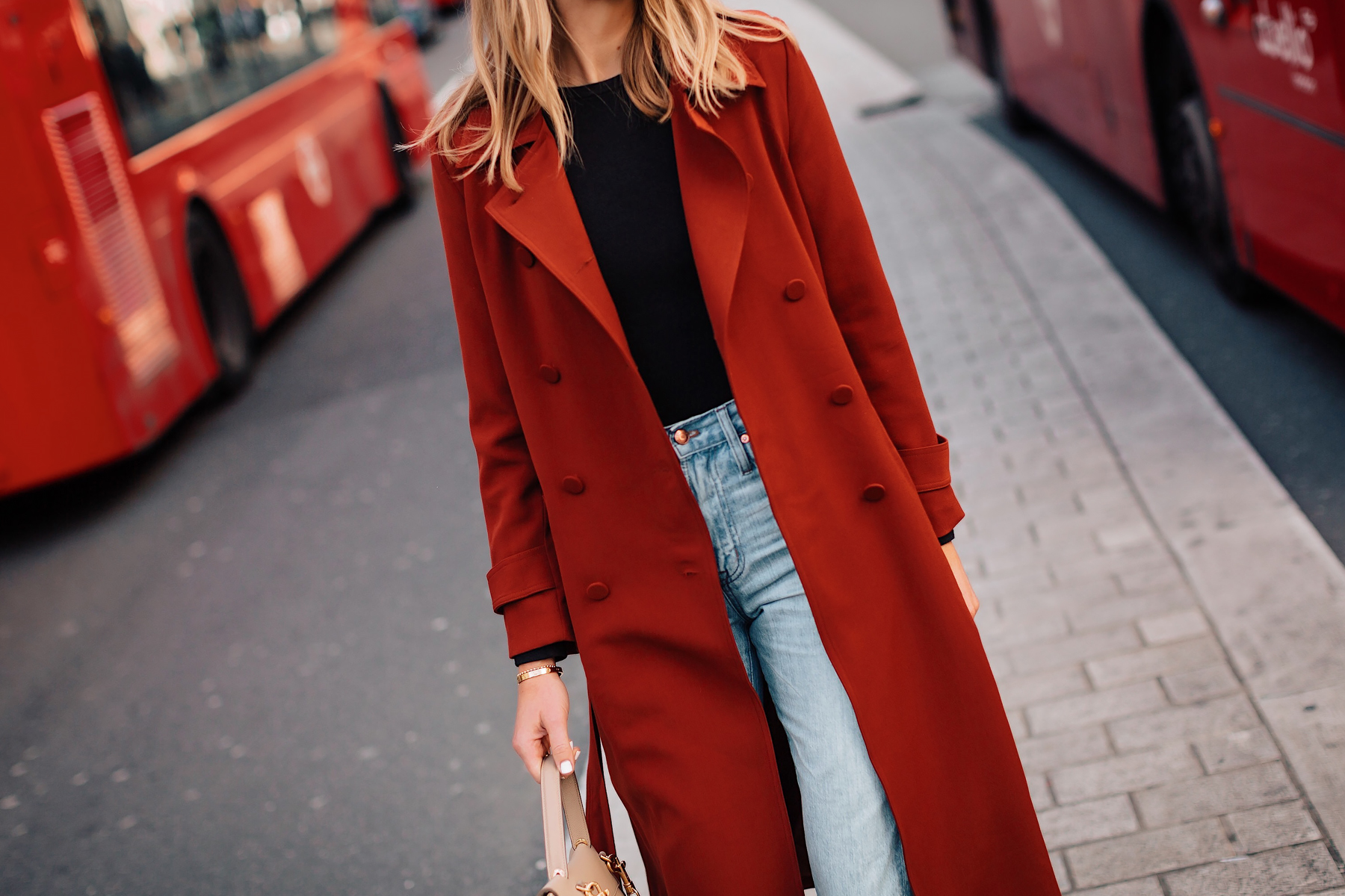 Blonde Woman Wearing Red Trench Coat Black Top Jeans Outfit Fashion Jackson San Diego Fashion Blogger London Street Style