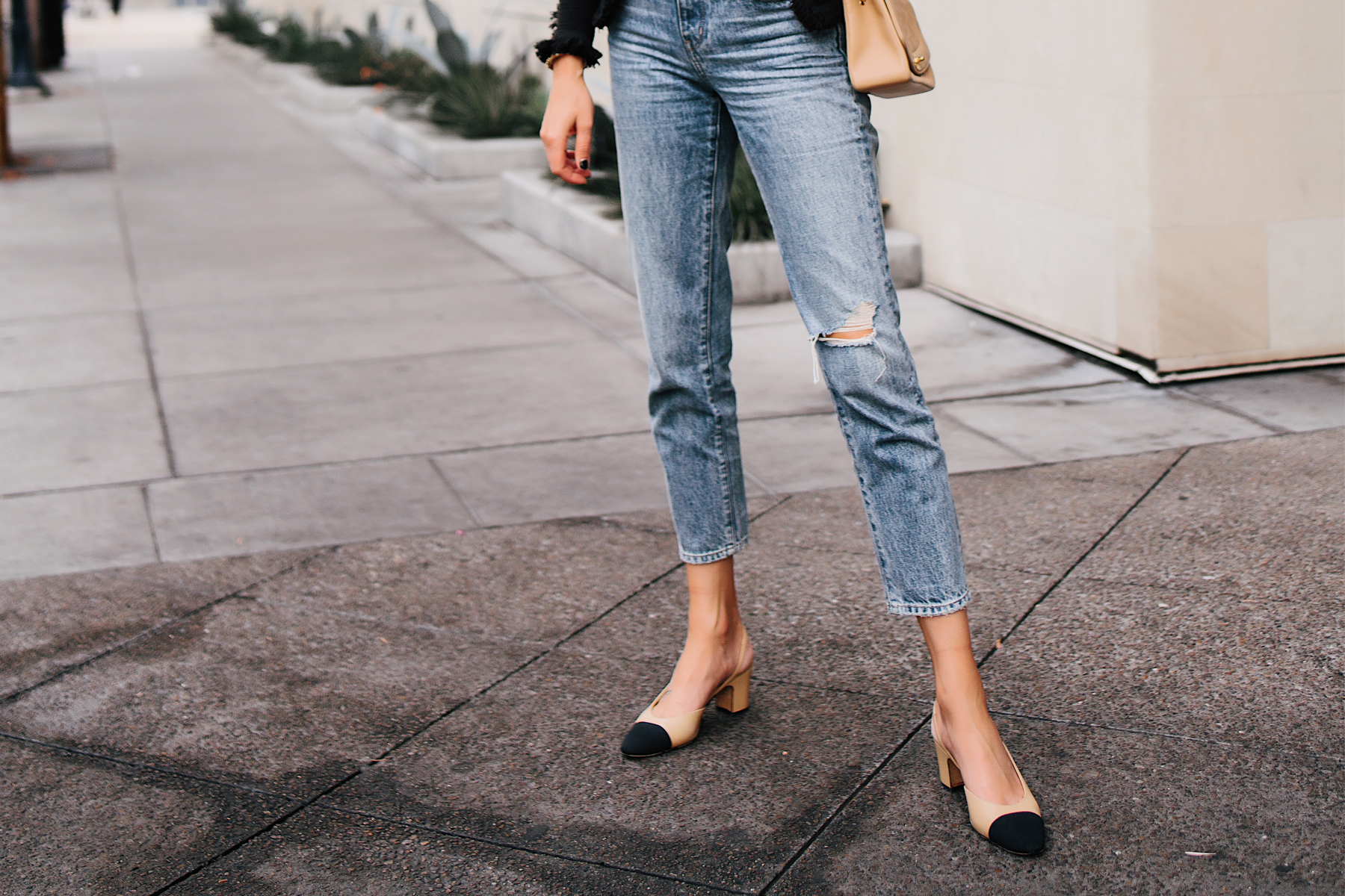 Woman Wearing Relaxed Ripped Jeans Chanel Slingback Shoes Fashion Jackson San Diego Fashion Blogger Street Style