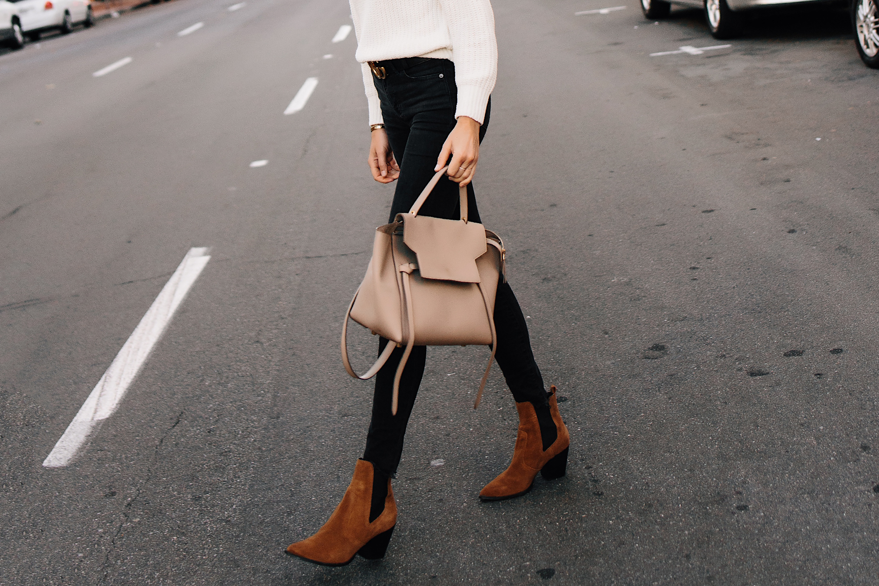 Woman Wearing Steve Madden Brown Chelsea Booties Celine Mini Belt Bag Black Skinny Jeans Outfit Fashion Jackson San Diego Fashion Blogger Street Style