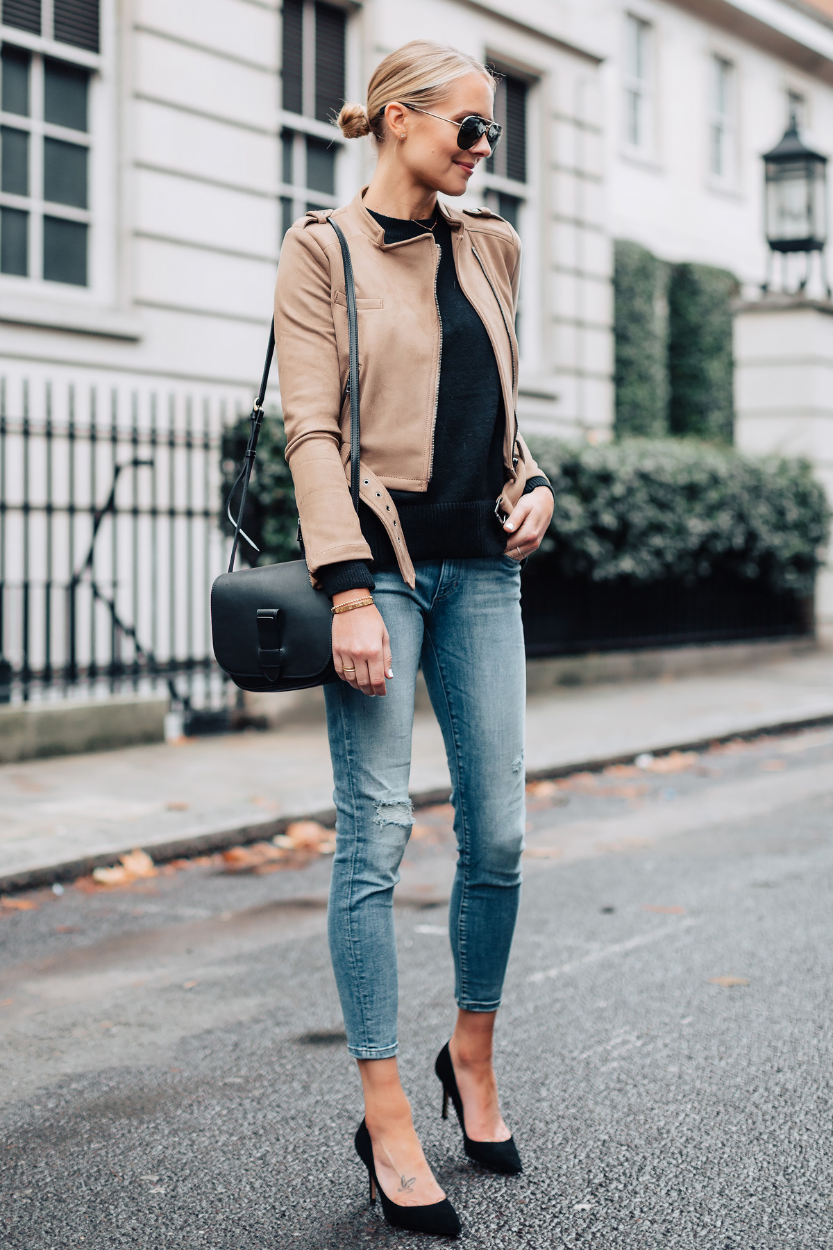 Blonde Woman Wearing Tan Suede Moto Jacket Black Sweater Denim Skinny Jeans Black Pumps Black Handbag Fashion Jackson San Diego Fashion Blogger London Street Style