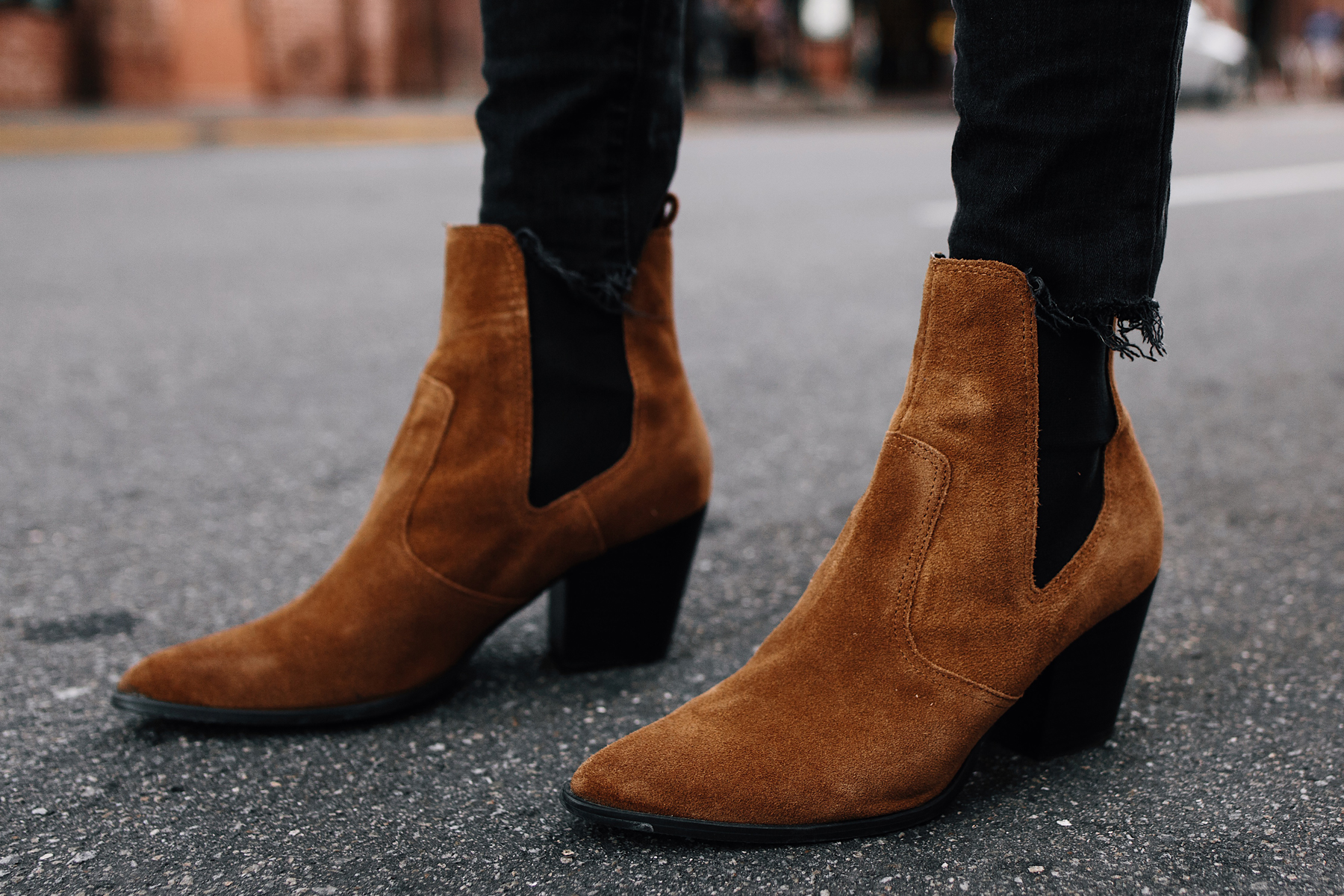 Woman Wearing Wearing Steve Madden Tan Chelsea Booties Fashion Jackson San Diego Fashion Blogger Street Style