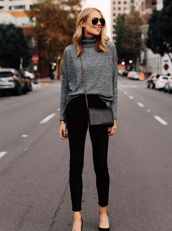 Blonde Woman Wearing Grey Turtleneck Top Black Skinny Jeans Black Pumps Outfit Fashion Jackson San Diego Fashion Blogger Street Style