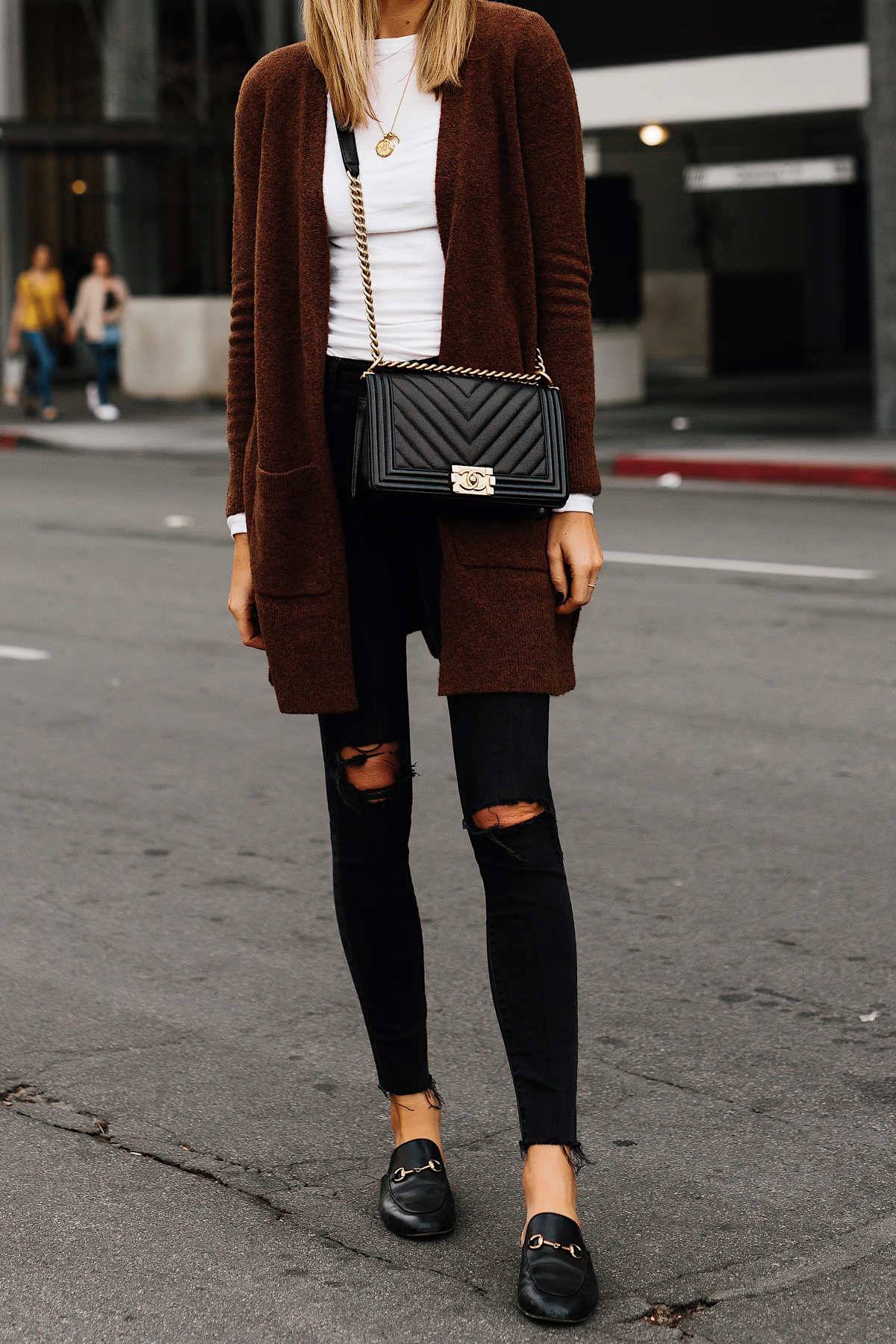 Woman Wearing Madewell Brown Long Cardigan White Top Madewell Black Ripped Skinny Jeans Gucci Black Princetown Loafer Mules Chanel Black Boy Bag Fashion Jackson San Diego Fashion Blogger Street Style