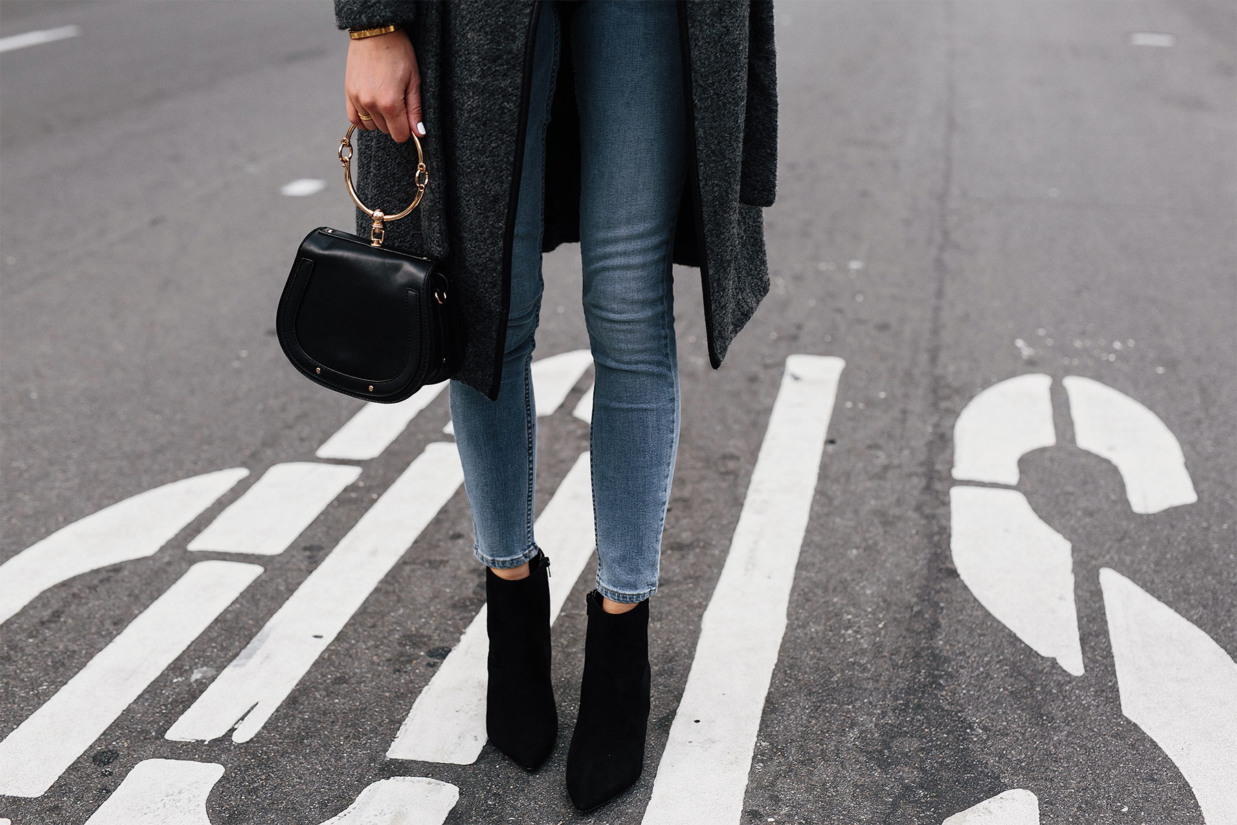Woman Wearing Grey Wool Coat Denim Skinng Jeans Steve Madden Andi Black Booties Fashion Jackson San Diego Fashion Blogger Street Style