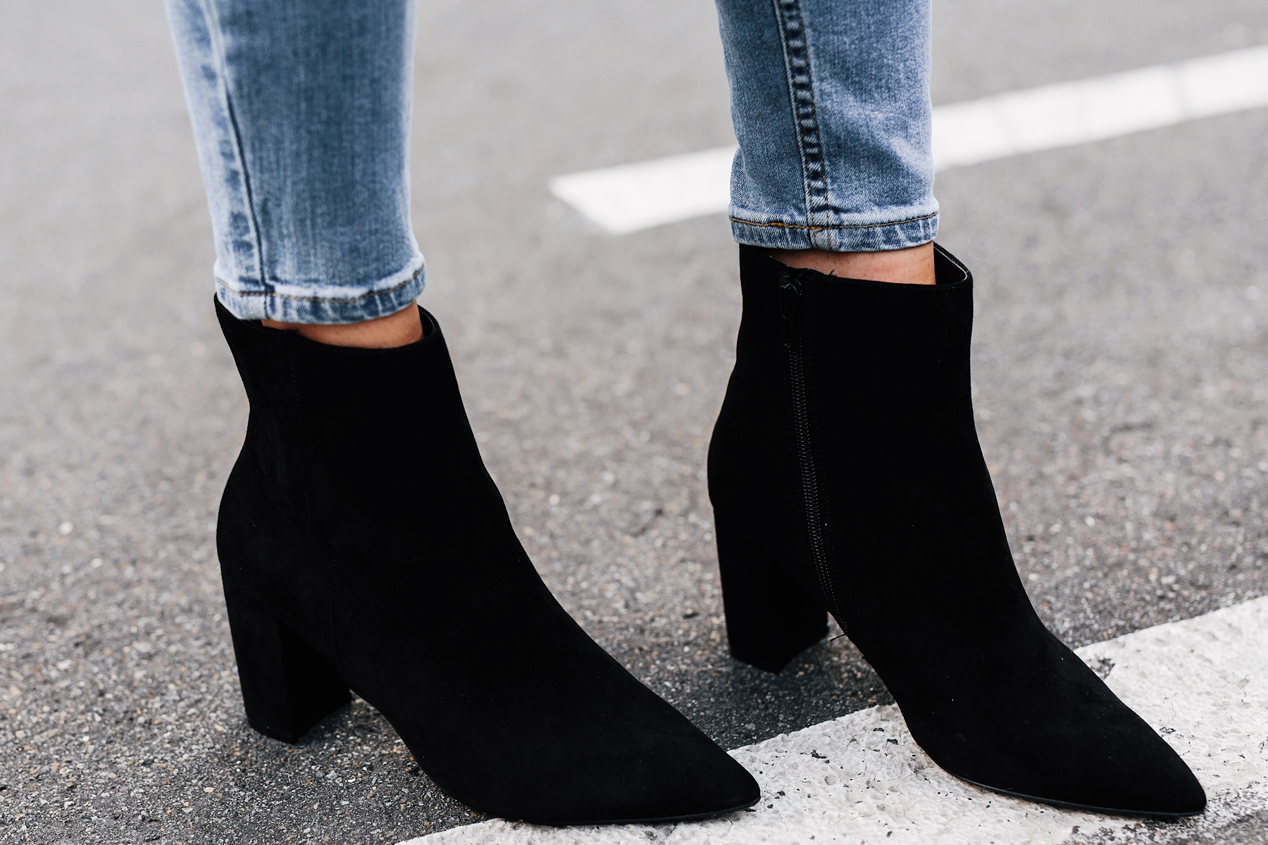 Woman Wearing Steve Madden Andi Black Booties Fashion Jackson San Diego Fashion Blogger Street Style