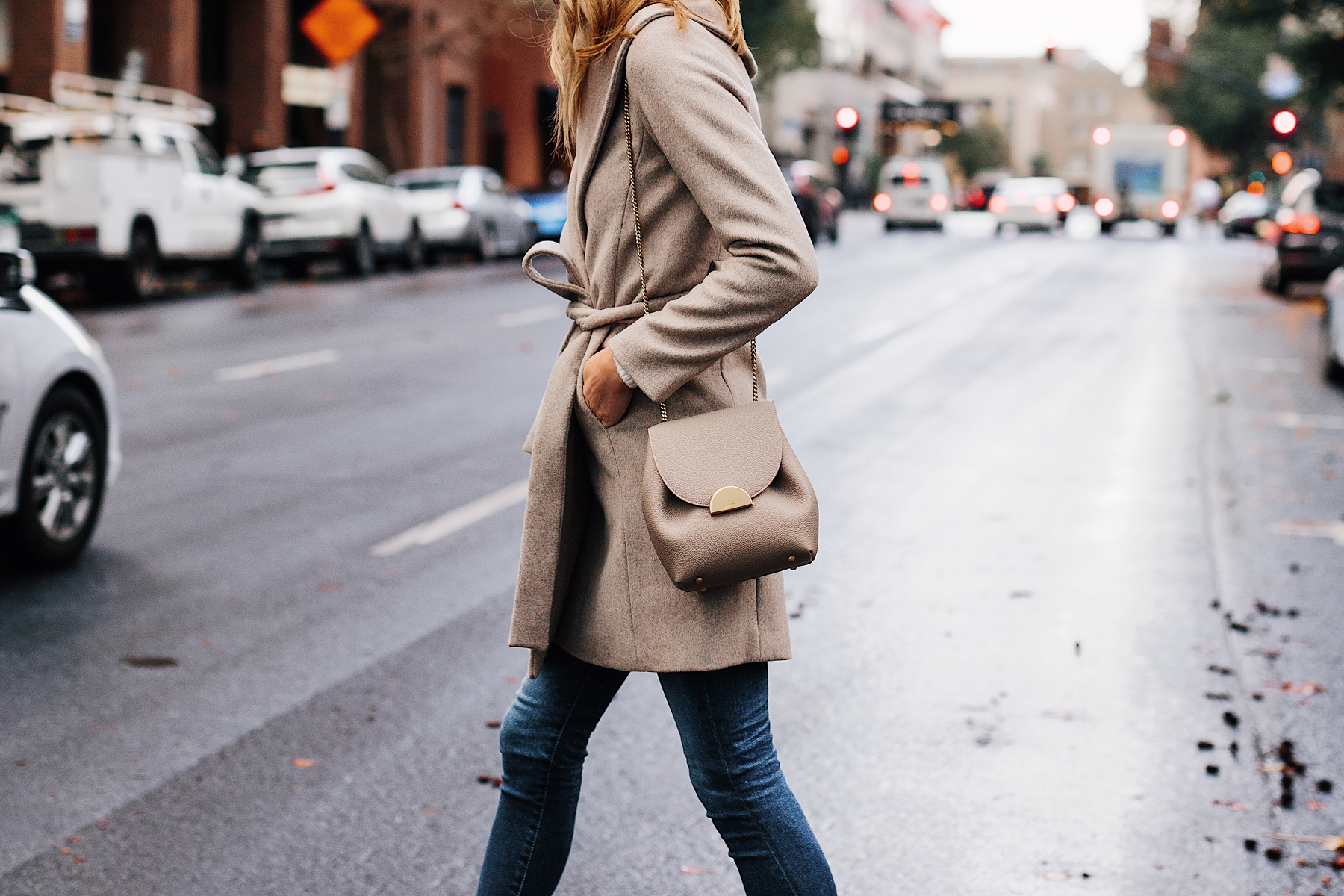 Woman Wearing Ann Taylor Beige Wrap Coat Denim Skinny Jeans Polene Grey Handbag Fashion Jackson San Diego Fashion Blogger Street Style