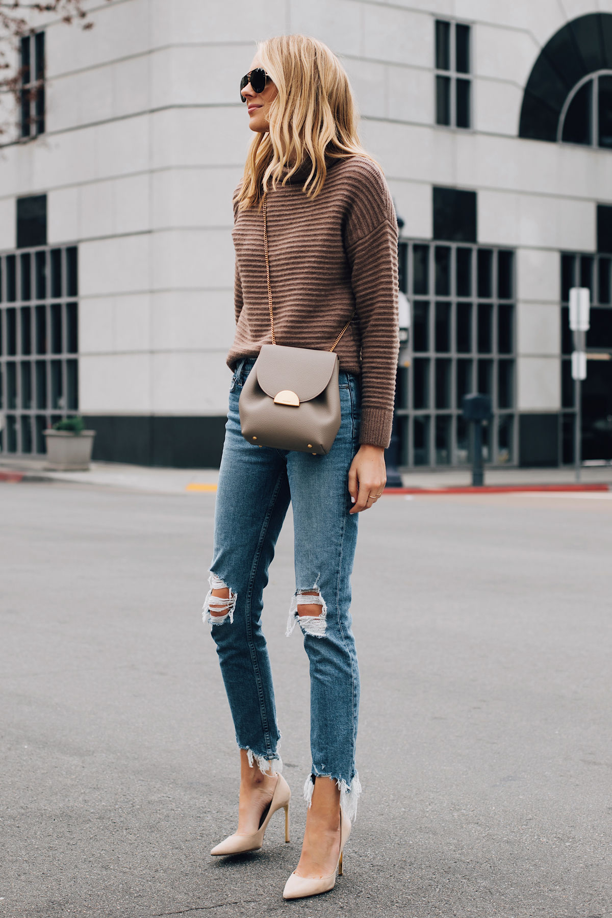 Blonde Woman Wearing Madewell Brown Mock Neck Sweater Paige Ripped Skinny Jeans Nude Pumps Polene Grey Handbag Fashion Jackson San Diego Fashion Blogger Street Style