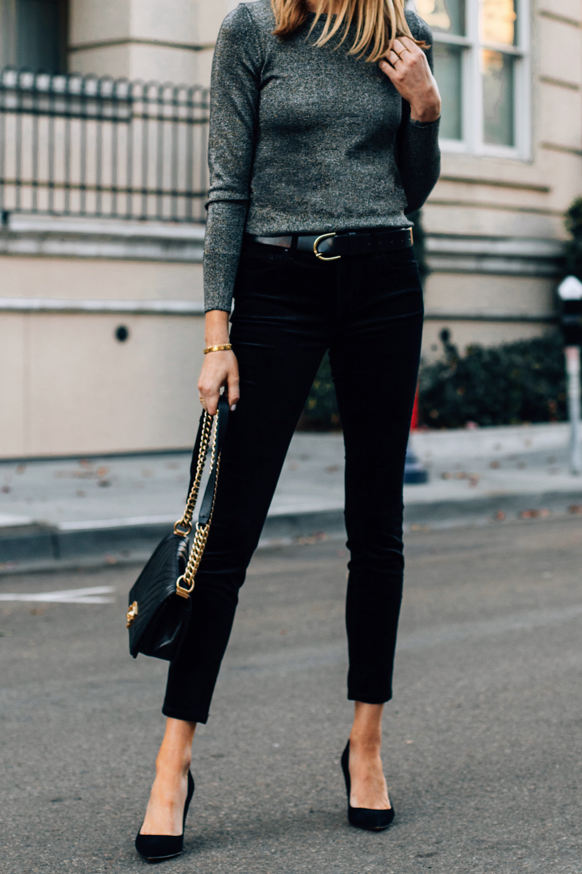Woman Wearing Metallic Sweater Black Velvet Jeans Black Suede Pumps Fashion Jackson San Diego Fashion Blogger Street Style