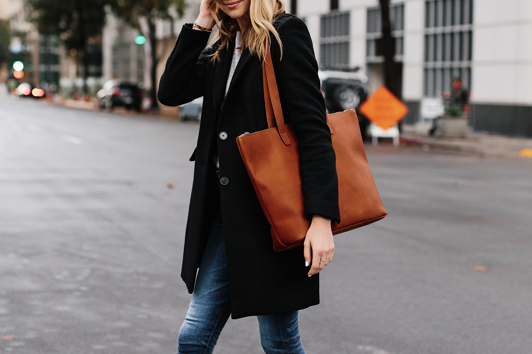 Blonde Woman Wearing SLATE Cognac Tote Black Wool Coat Denim Skinny Jeans Outfit Fashion Jackson San Diego Fashion Blogger Street Style