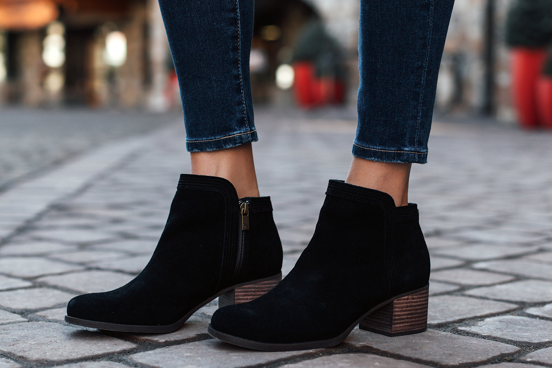 Koolaburra Thia Black Booties