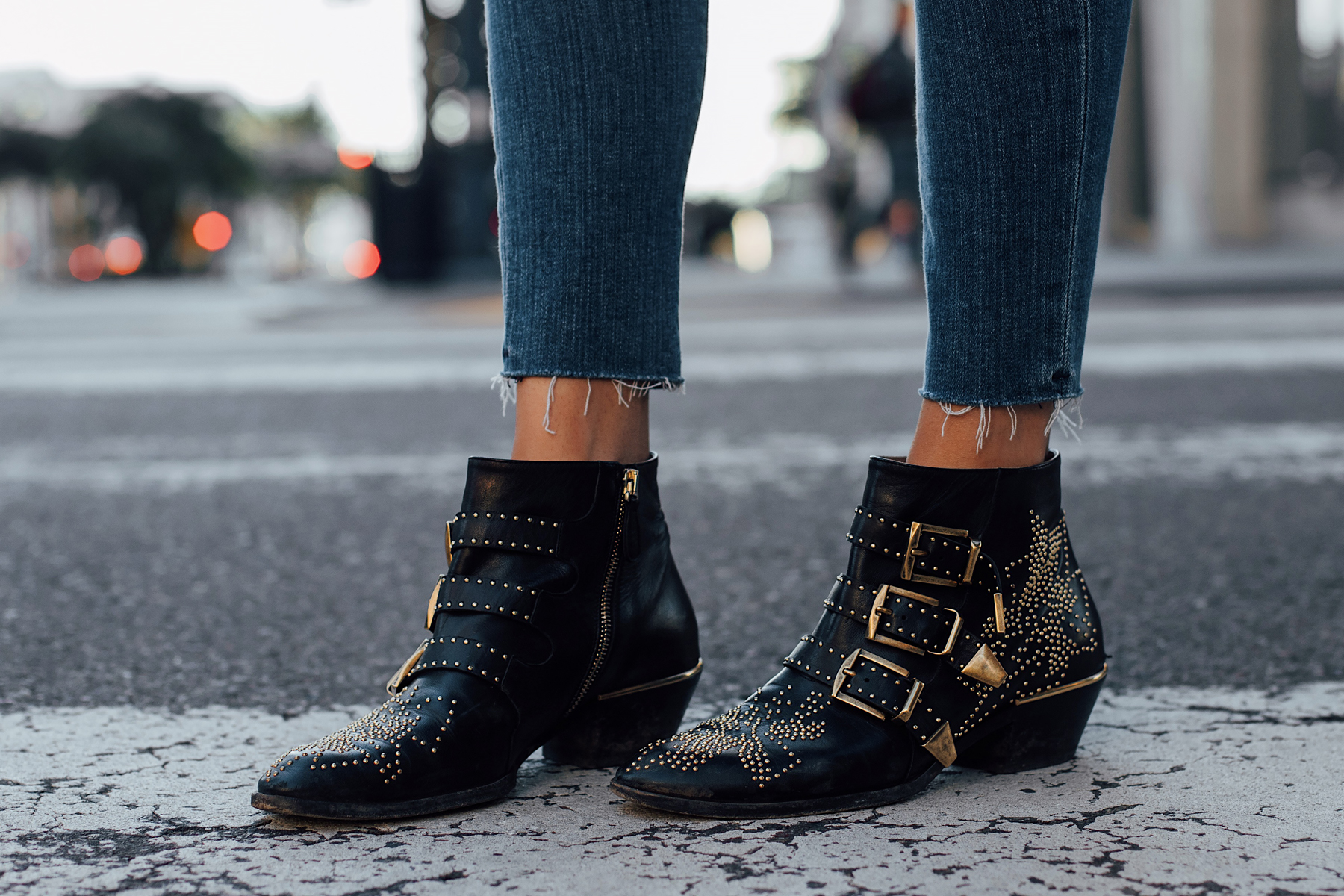 Woman Wearing Chloe Susanna Black Booties Fashion Jackson San Diego Fashion Blogger Street Style