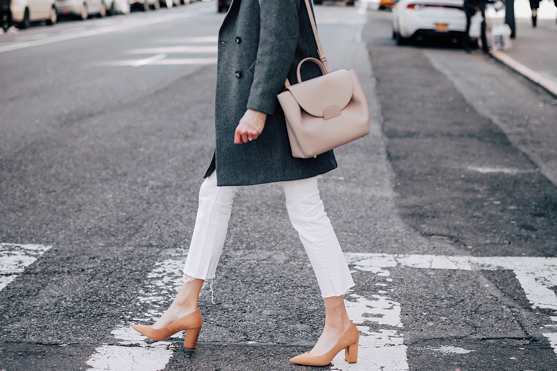 Woman Wearing HM Grey Wool Coat Polene Grey Handbag Everlane White Crop Ankle Jeans Tan Pumps Fashion Jackson Fashion Blogger Street Style NYFW