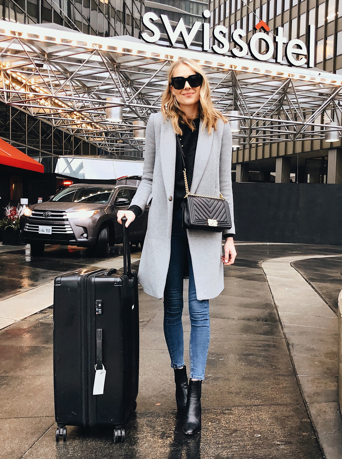 winter travel outfit