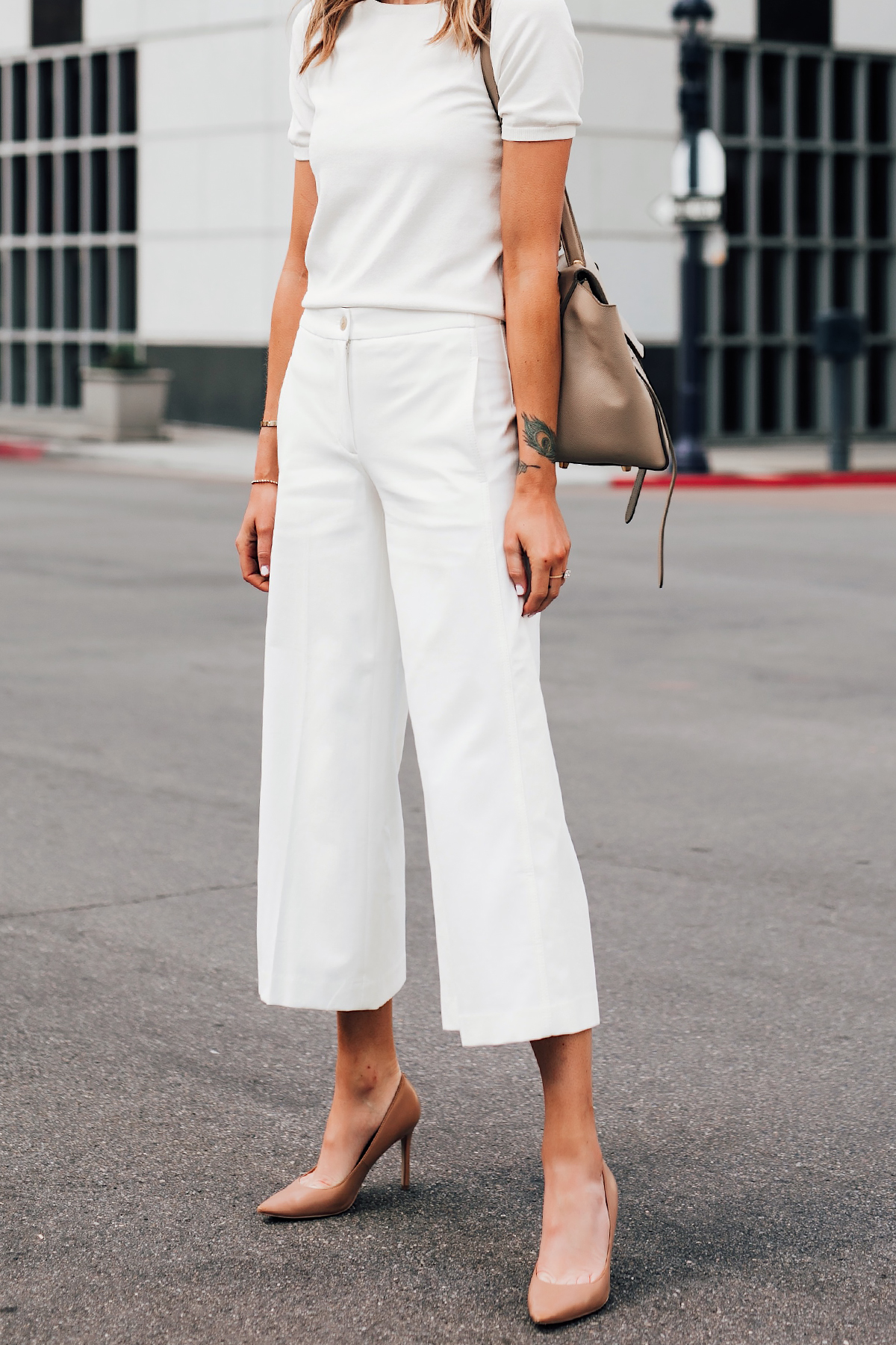 Woman Wearing Ann Taylor White Short Sleeve Sweater Ann Taylor White Wide Leg Cropped Pants Nude Pumps Fashion Jackson San Diego Fashion Blogger Street Style