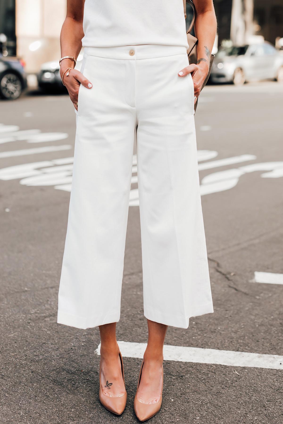 Woman Wearing Ann Taylor White Wide Leg Cropped Pants Nude Pumps Fashion Jackson San Diego Fashion Blogger Street Style