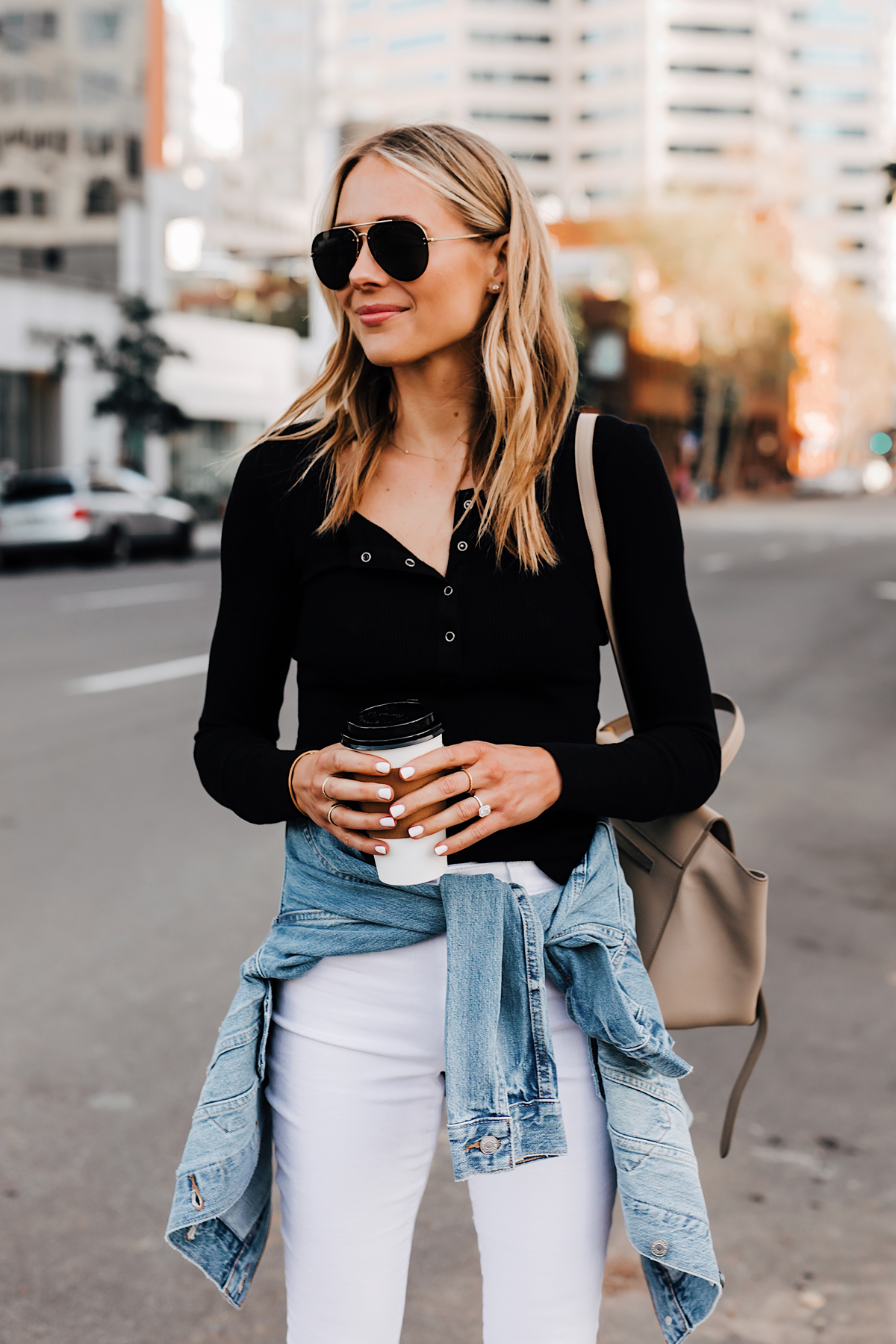 Blonde Woman Wearing Black Henley Joes Jeans White Skinny Jeans Levis Denim Jacket Aviator Sunglasses Fashion Jackson San Diego Fashion Blogger Street Style