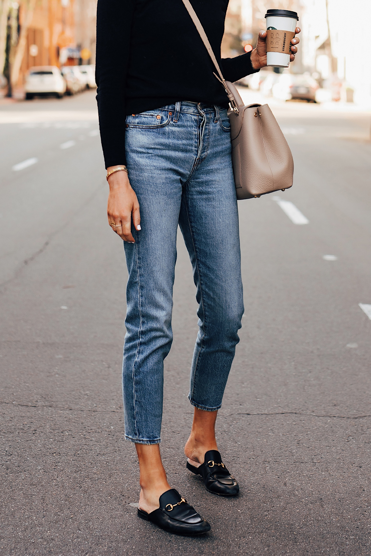 Woman Wearing Black Sweater Levis 501 Ankle Jeans Gucci Princetown Mules Black Fashion Jackson San Diego Fashion Blogger Street Style