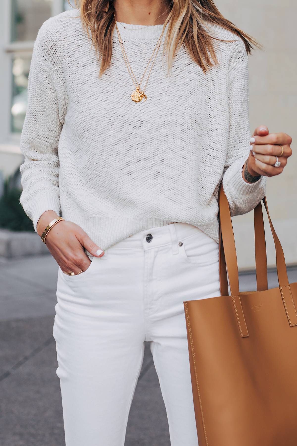 Blonde Woman Wearing Everlane Beige Cotton Linen Sweater White Jeans Tan Tote Fashion Jackson San Diego Fashion Blogger Street Style