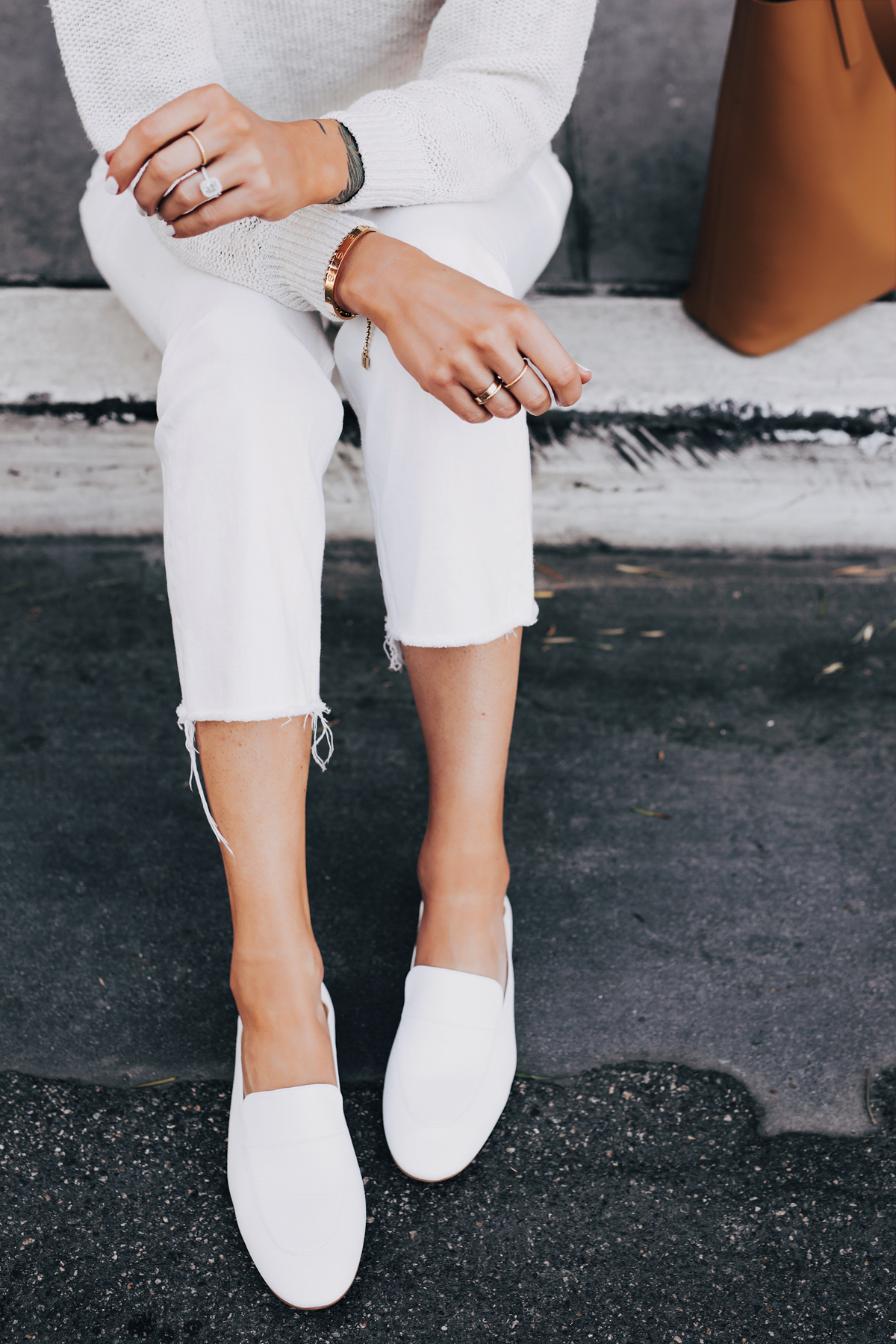 Woman Wearing Everlane White Day Loafer Everlane White Kick Crop Jeans Beige Sweater Fashion Jackson San Diego Fashion Blogger Street Style