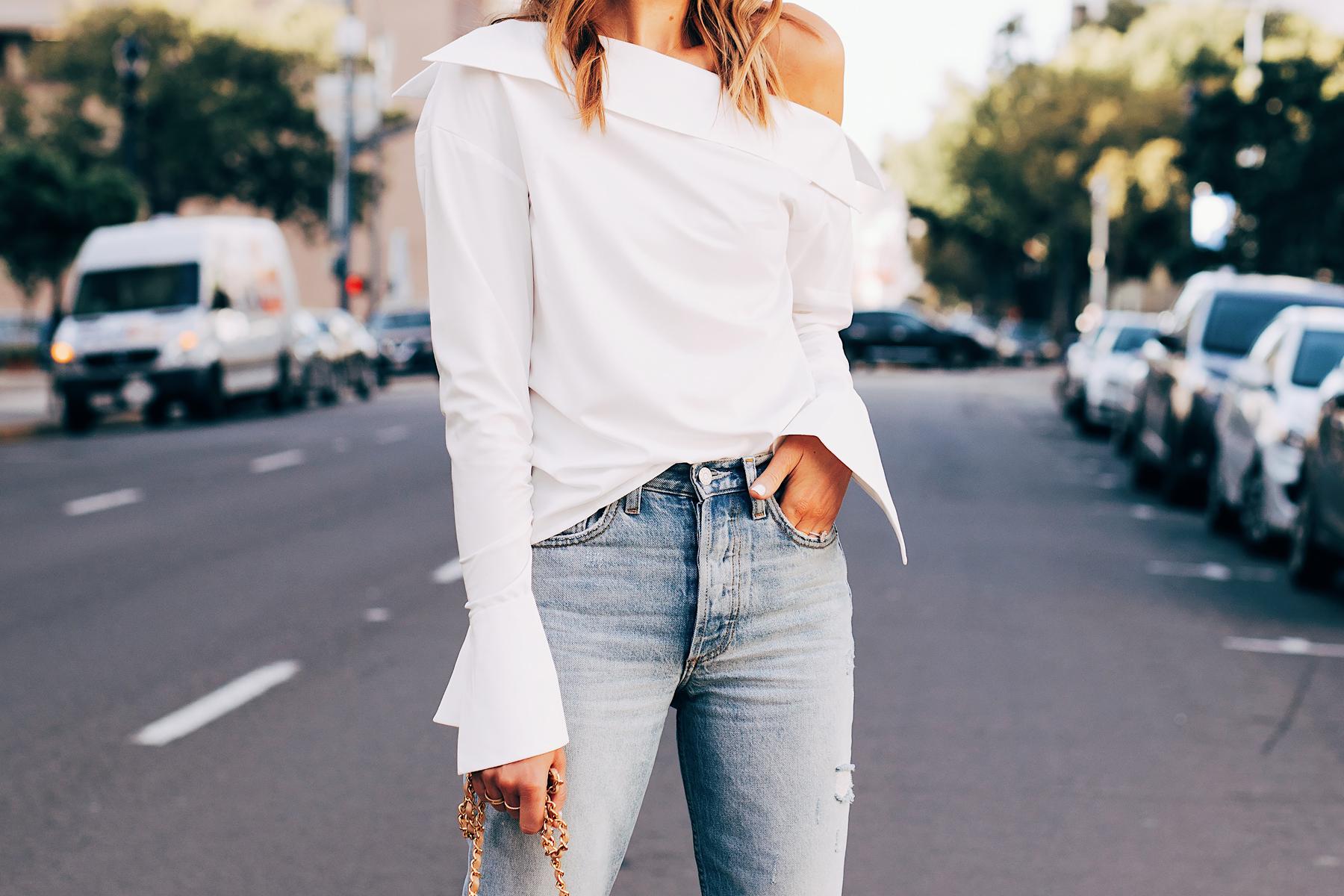 Blonde Woman Wearing Jing Dakota White Off the Shoulder Top Fashion Jackson San Diego Fashion Blogger Street Style
