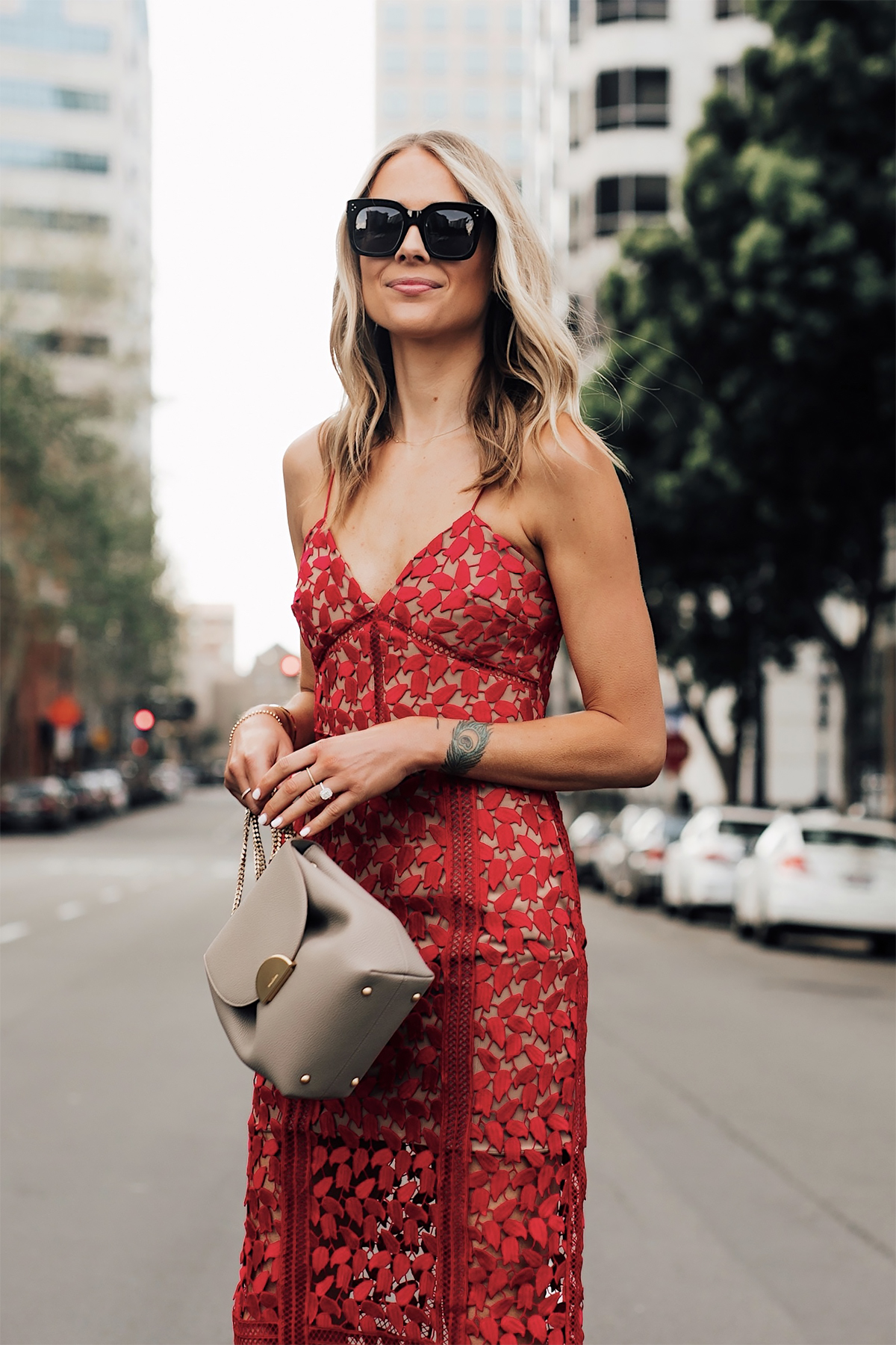 Blonde Woman Wearing Self Portrait Arabella Red Lace Midi Dress Polene Mini Grey Handbag Fashion Jackson San Diego Fashion Blogger Street Style
