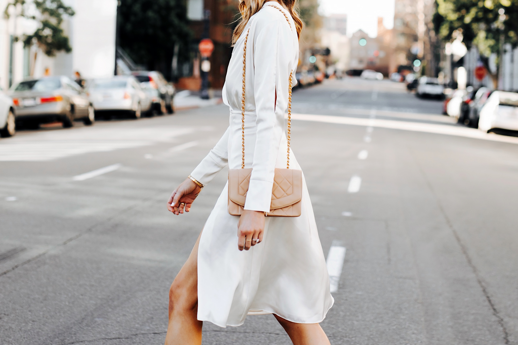 Woman Wearing Tommy Hilfiger White Wrap Dress Beige Handbag Fashion Jackson San Diego Fashion Blogger Street Style
