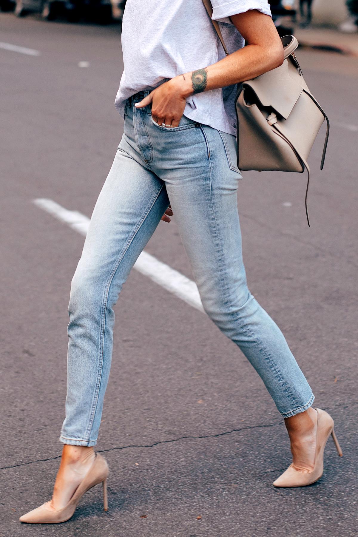 Woman Wearing Topshop Grey Tshirt Boyish High Rise Skinny Jeans Jimmy Choo Beige Romy Pumps Celine Mini Belt Bag Fashion Jackson San Diego Fashion Blogger Street Style