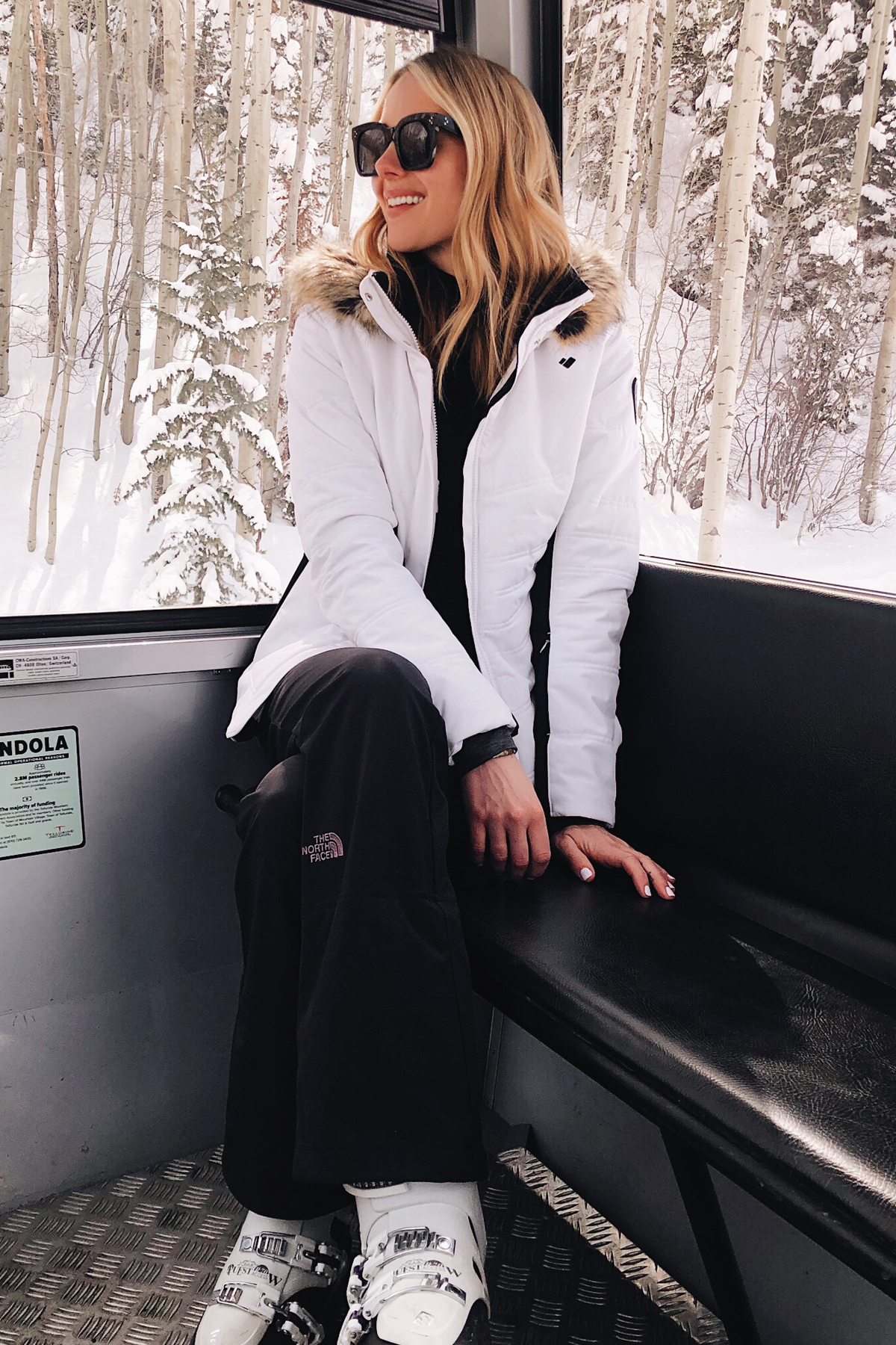 Fashion Jackson Wearing White Ski Jacket Black Ski Pants Telluride