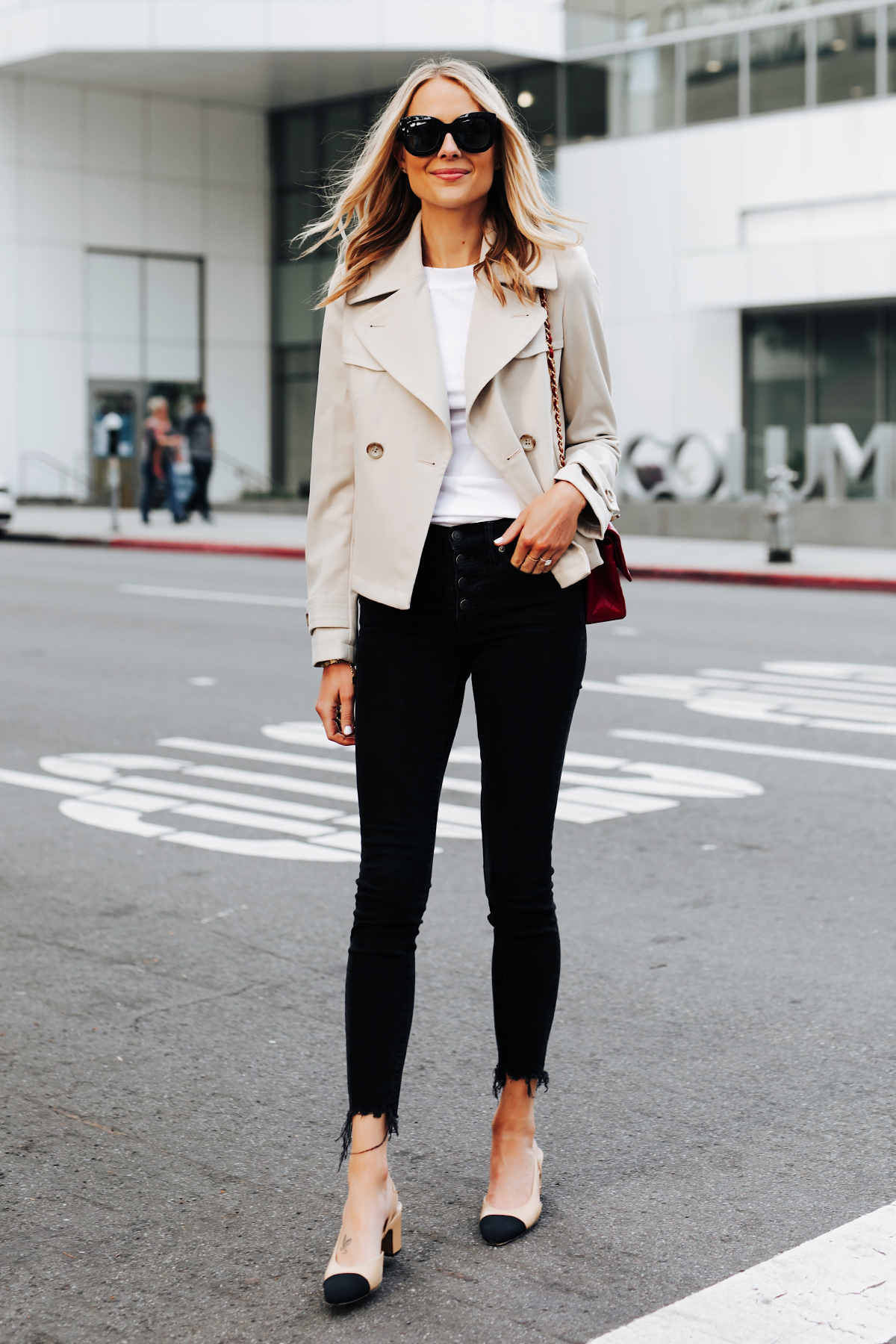 Blonde Woman Wearing Ann Taylor Cropped Trench Coat White Tshirt Black Raw Hem Skinny Jeans Chanel Slingbacks Fashion Jackson San Diego Fashion Blogger Street Style