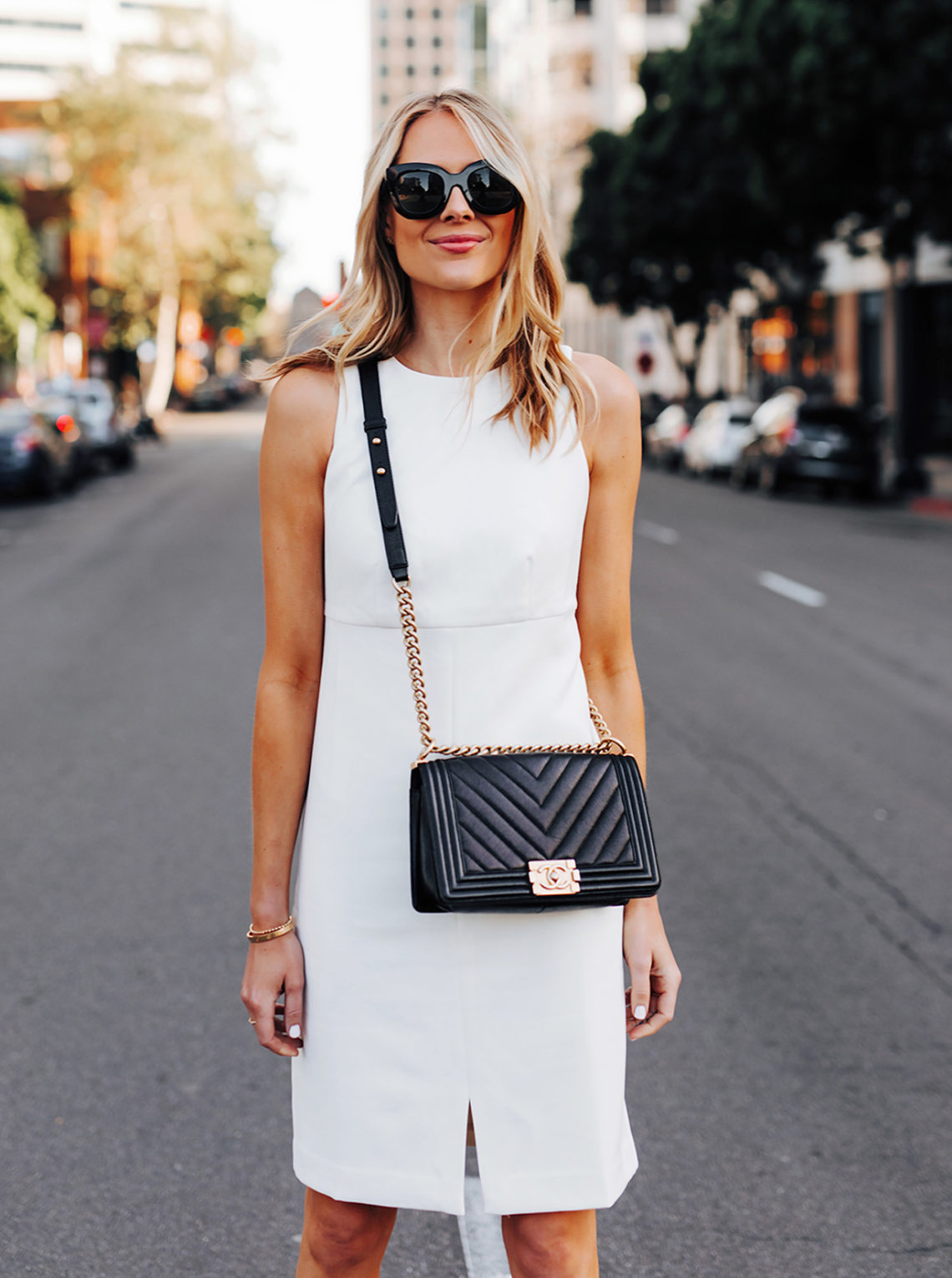 Fashion Jackson Wearing Ann Taylor White Dress Chanel Black Boy Bag Featured Image