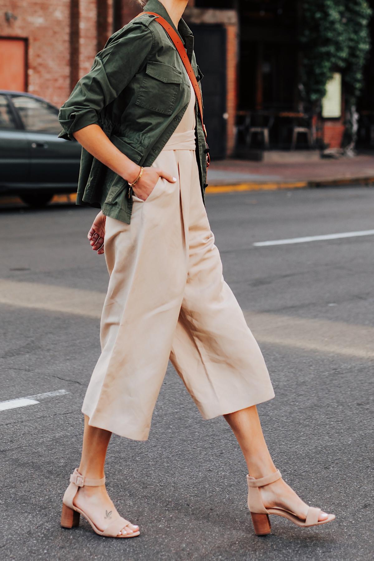 Woman Wearing Banana Republic Beige Linen Jumpsuit Green Utility Jacket Tan Sandals Fashion Jackson San Diego Fashion Blogger Street Style