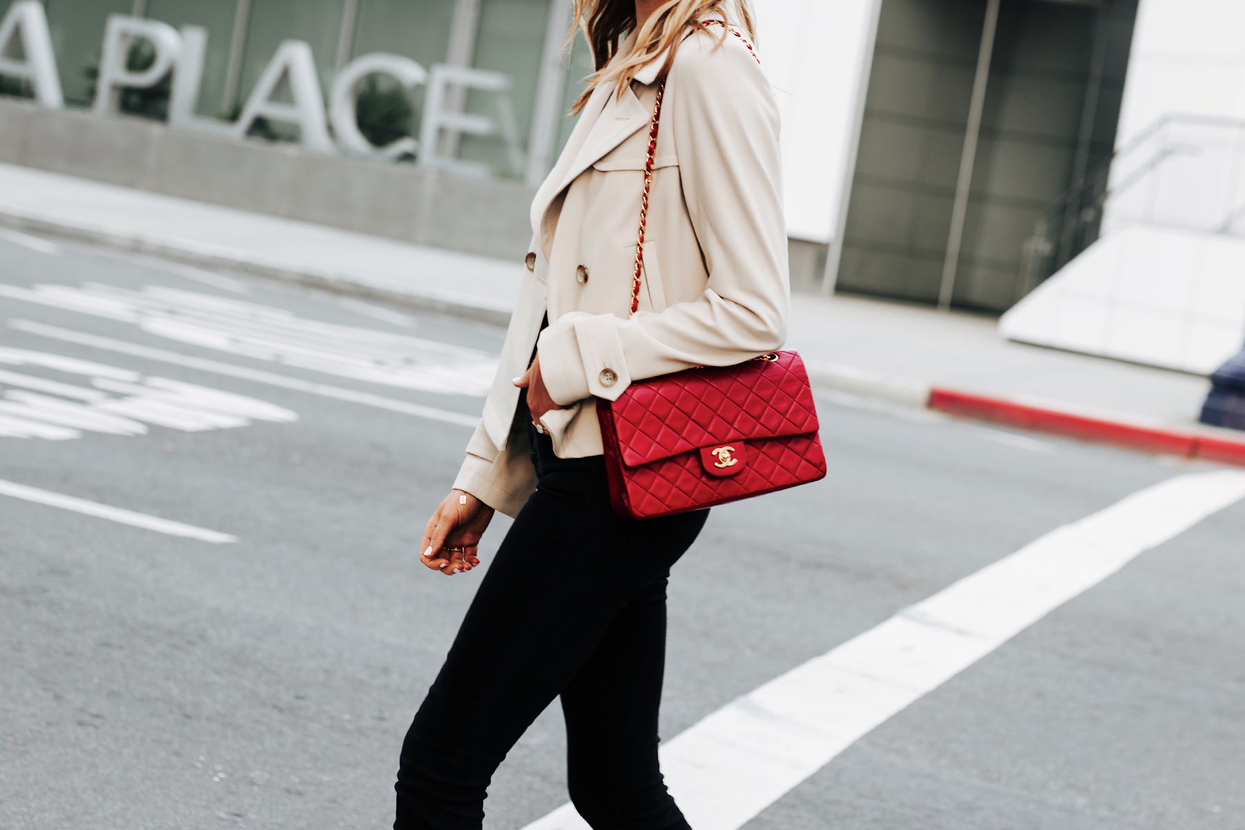 Blonde Woman Wearing Cropped Trench Coat Black Jeans Chanel Red Classic Handbag Fashion Jackson San Diego Fashion Blogger Street Style