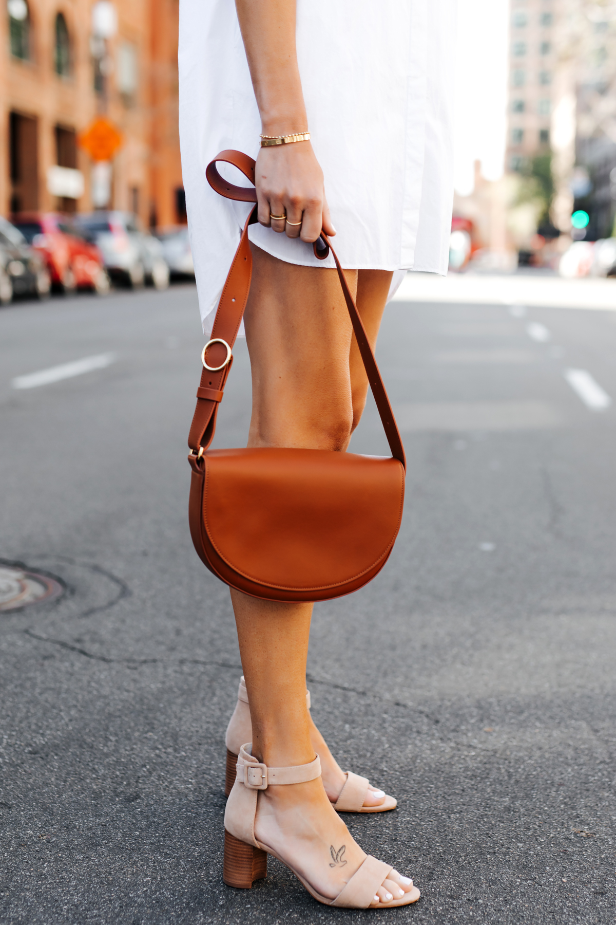 Woman Wearing White Shirtdress Tan Sandals Cuyana Half Moon Bag Caramel Fashion Jackson San Diego Fashion Blogger Street Style