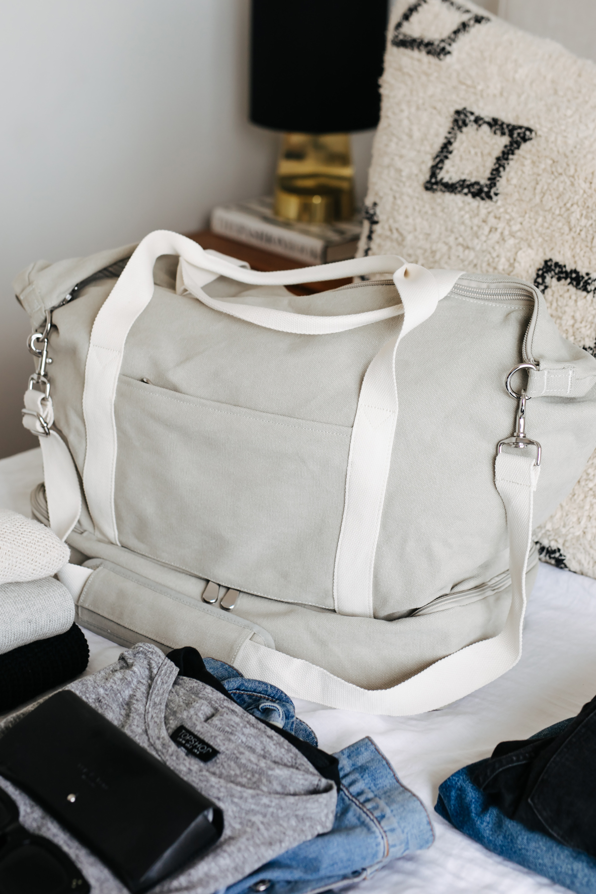 Lo and Sons Catalina Weekender Bag