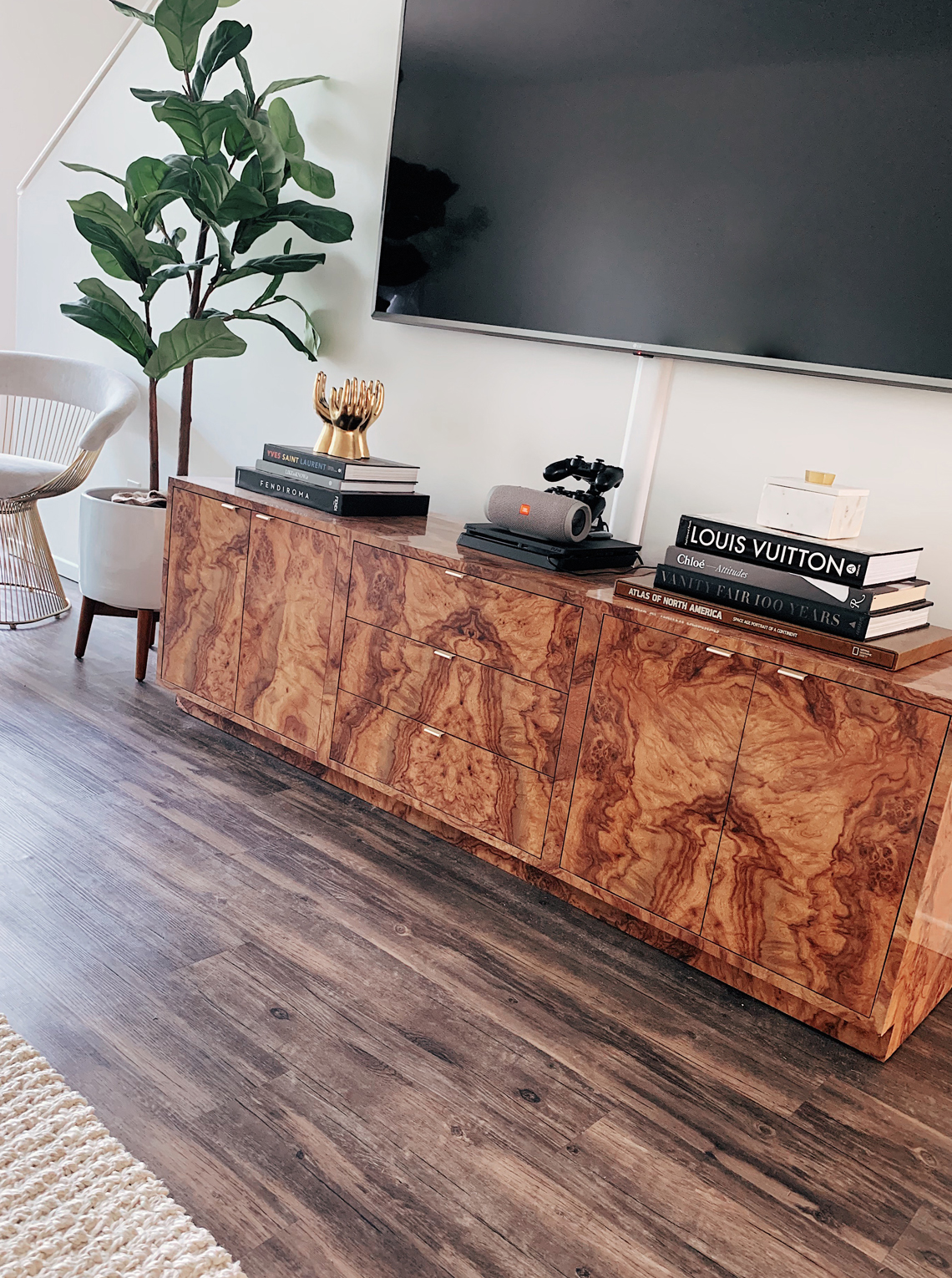 Fashion Jackson Burl Wood Credenza