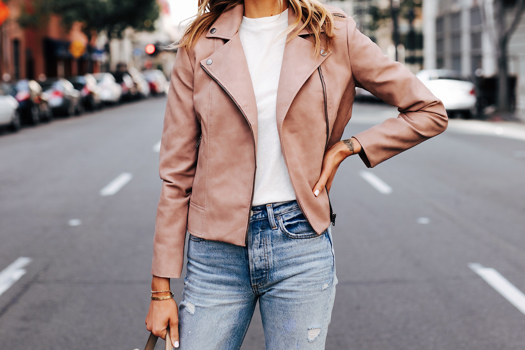 Woman Wearing BB Dakota Blush Faux Suede Jacket White Tshirt Jeans Fashion Jackson San Diego Fashion Blogger Street Style