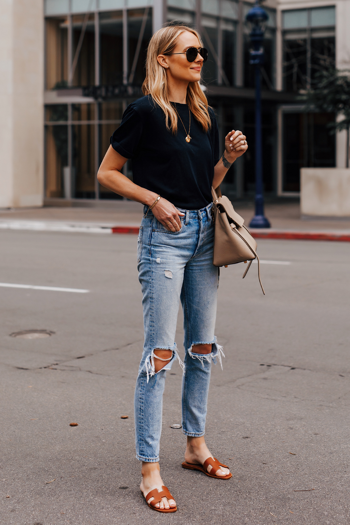 Blonde Woman Wearing Black Tshirt Boyish Ripped Jeans Hermes Oran Gold Sandals Fashion Jackson San Diego Fashion Blogger Street Style