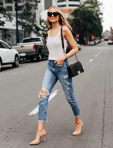 An Effortless Way to Wear Ripped Boyfriend Jeans
