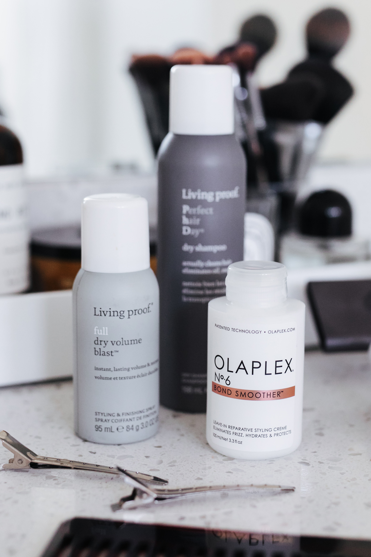 Olaplex Bond Smoother Living Proof Full Dry Volume Blast Living Proof Dry Shampoo